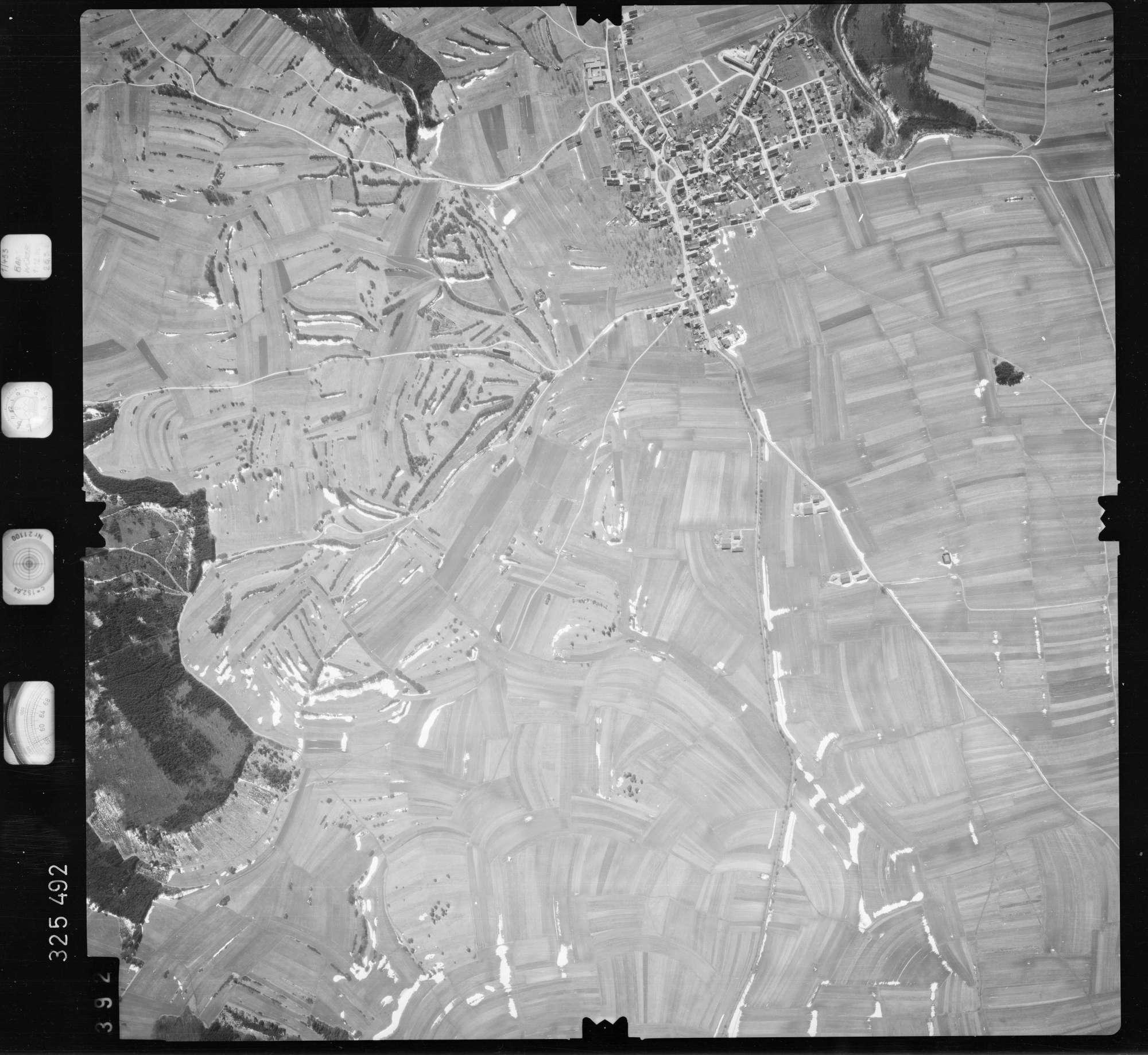 Luftbild: Film 52 Bildnr. 392, Bild 1