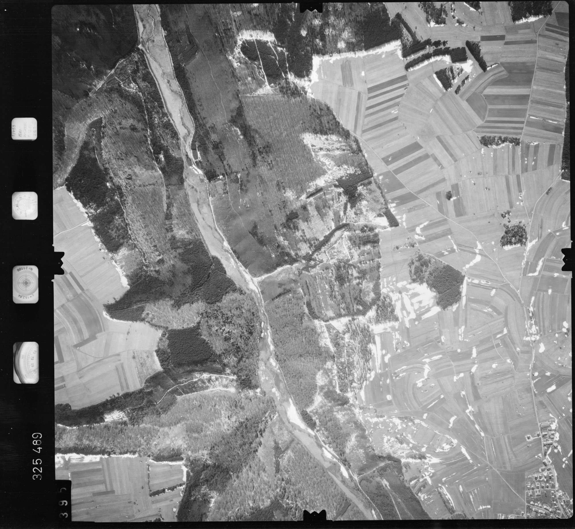 Luftbild: Film 52 Bildnr. 395, Bild 1