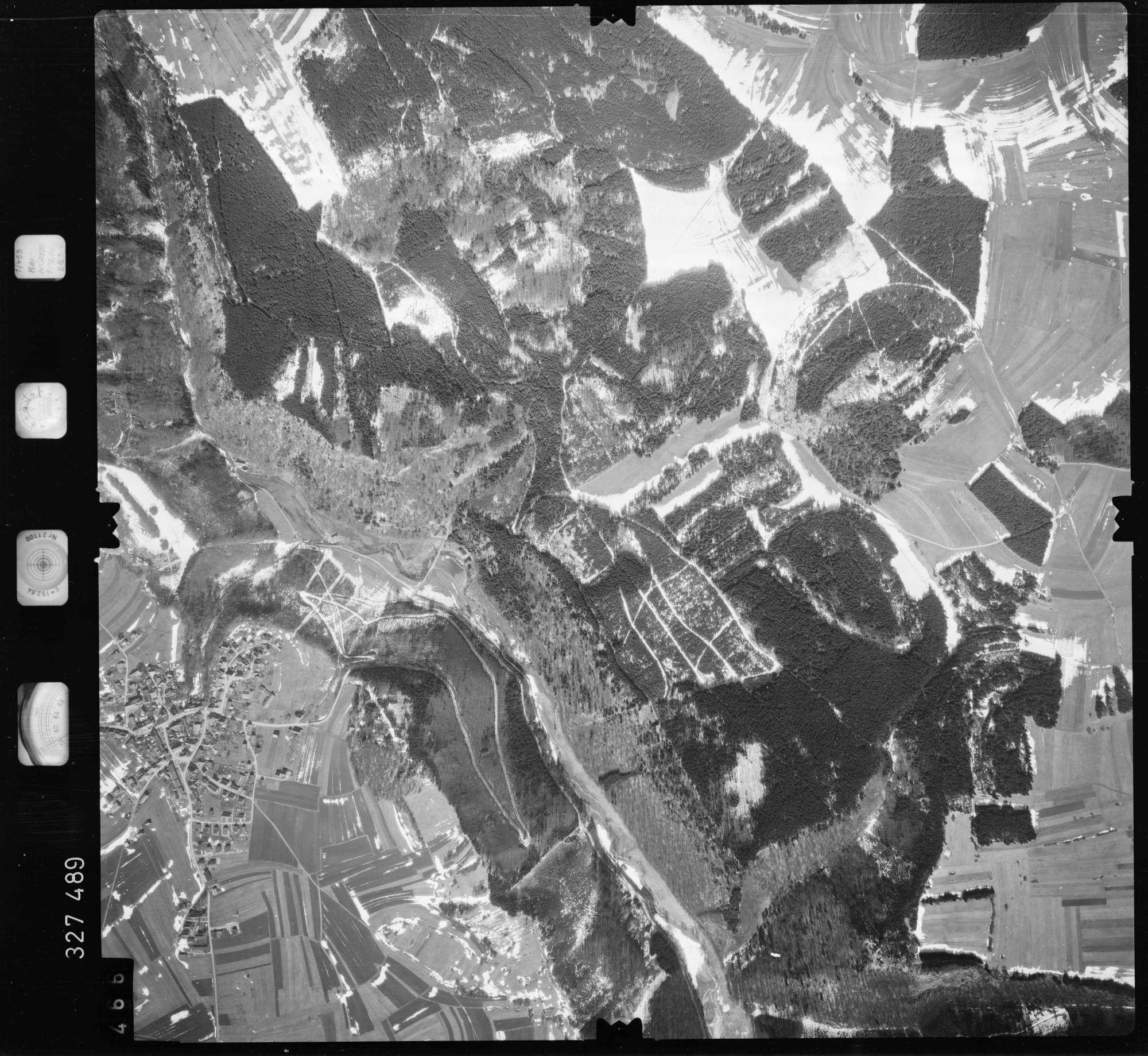 Luftbild: Film 52 Bildnr. 466, Bild 1