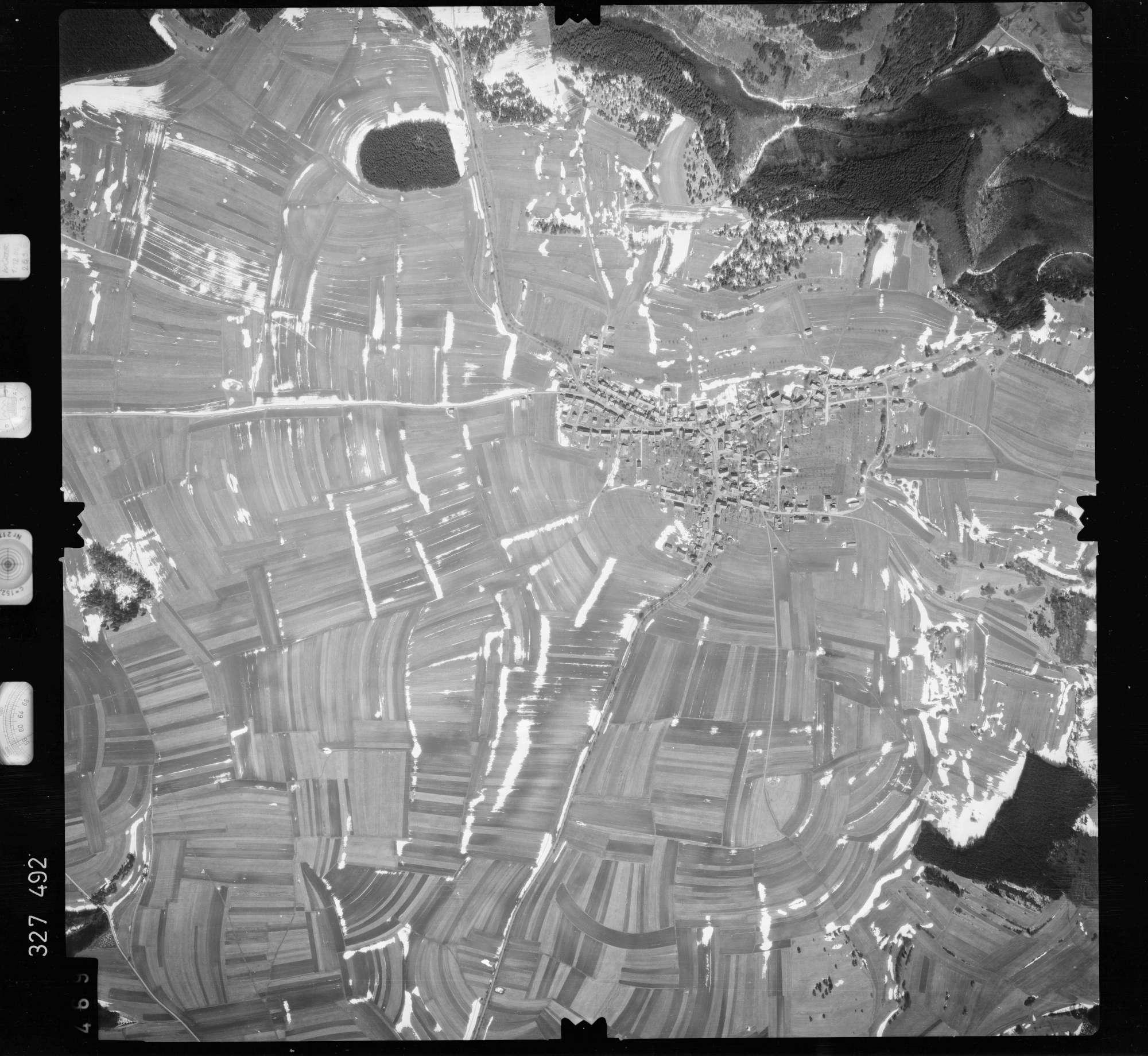 Luftbild: Film 52 Bildnr. 469, Bild 1