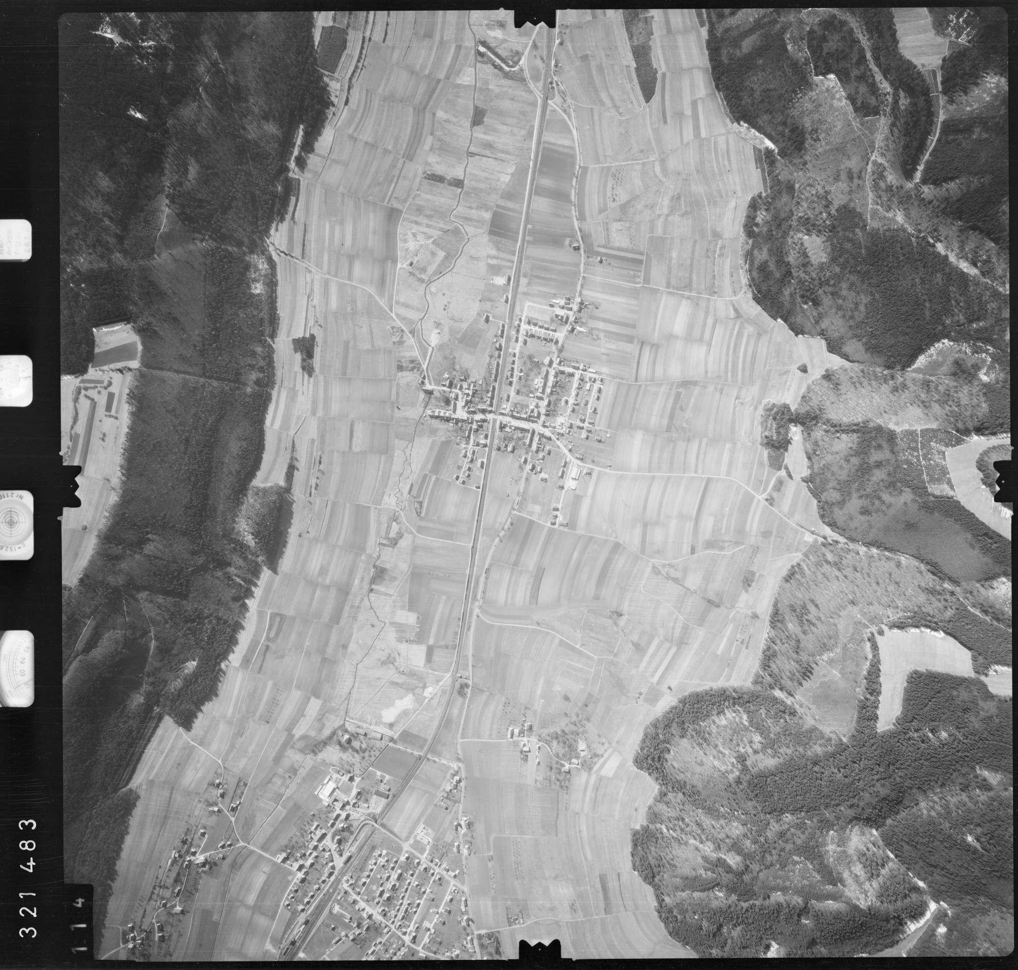 Luftbild: Film 53 Bildnr. 114, Bild 1