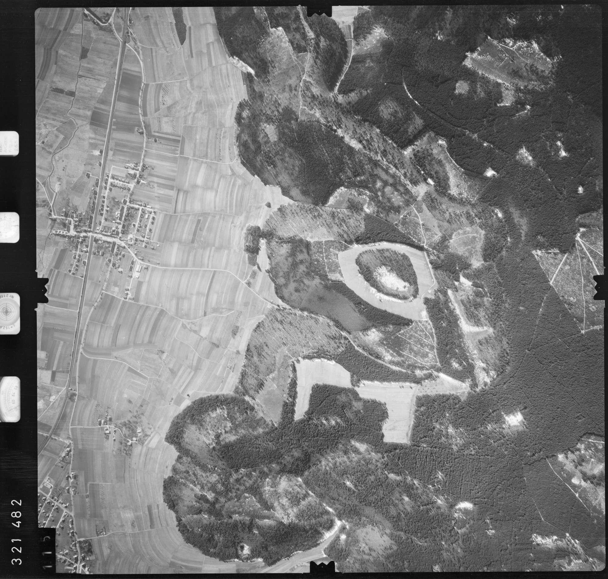 Luftbild: Film 53 Bildnr. 115, Bild 1