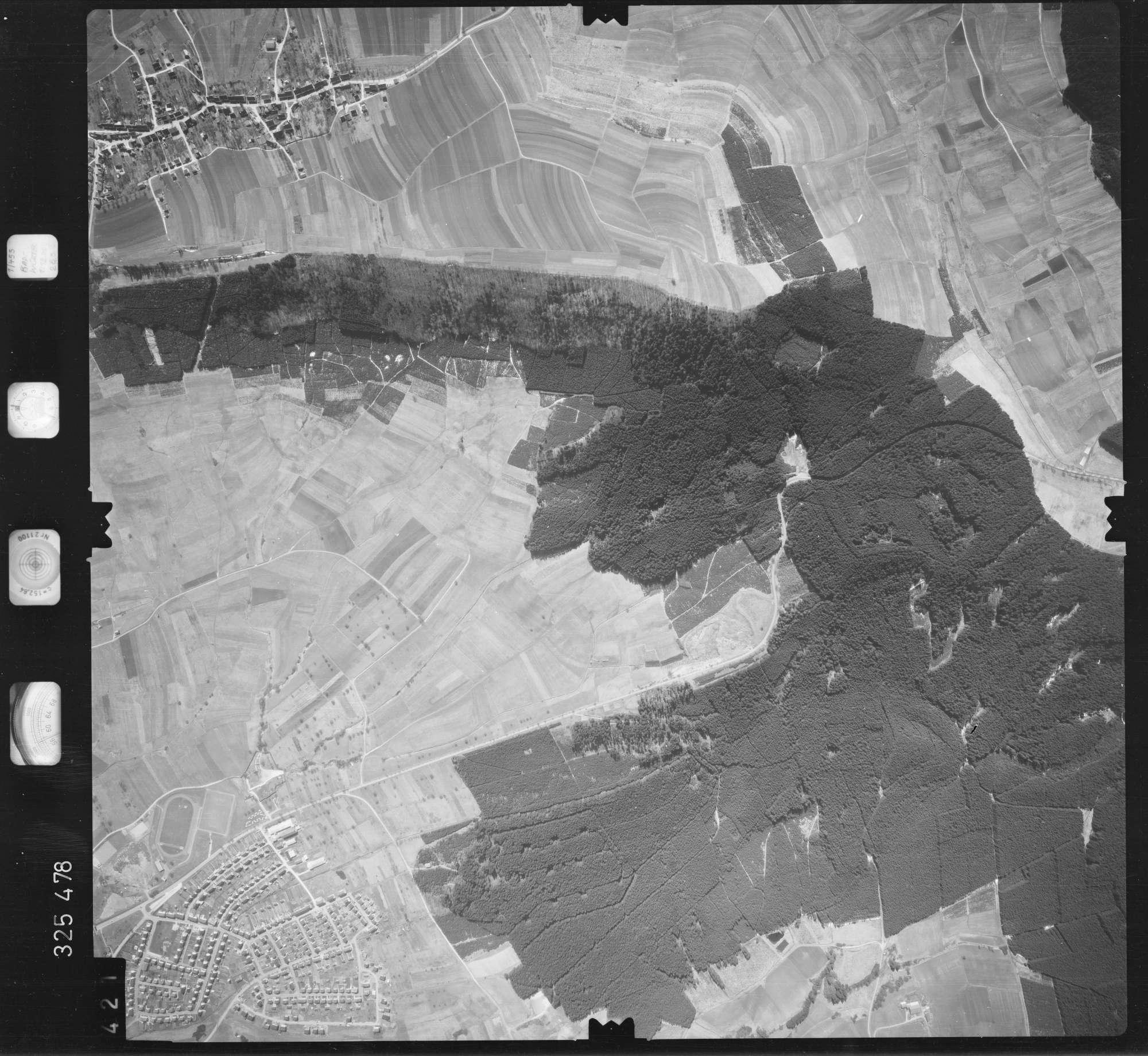 Luftbild: Film 52 Bildnr. 421, Bild 1