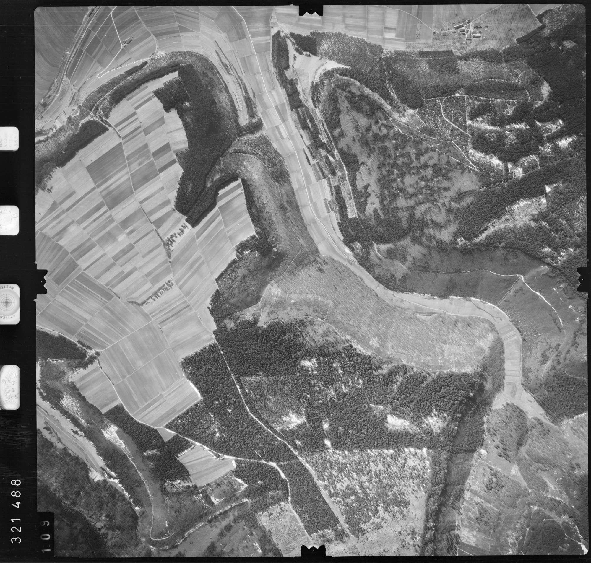 Luftbild: Film 53 Bildnr. 109, Bild 1