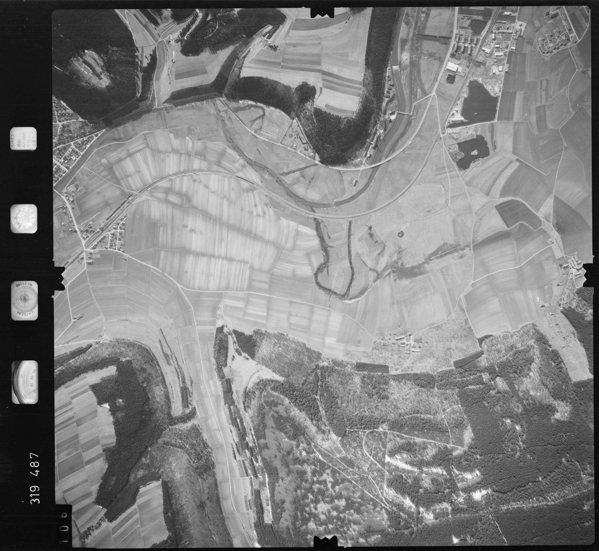 Luftbild: Film 57 Bildnr. 106, Bild 1