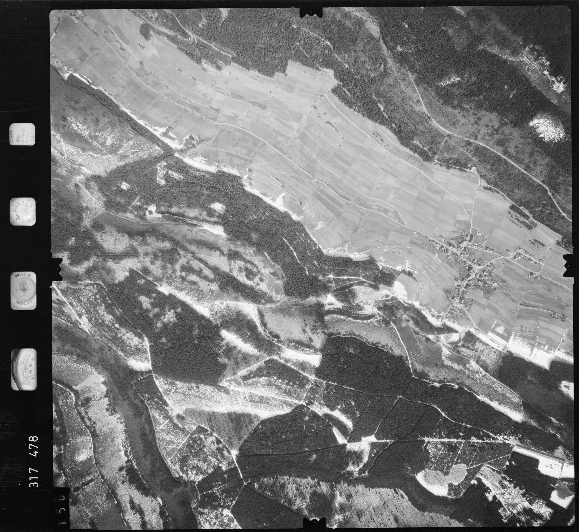 Luftbild: Film 57 Bildnr. 150, Bild 1