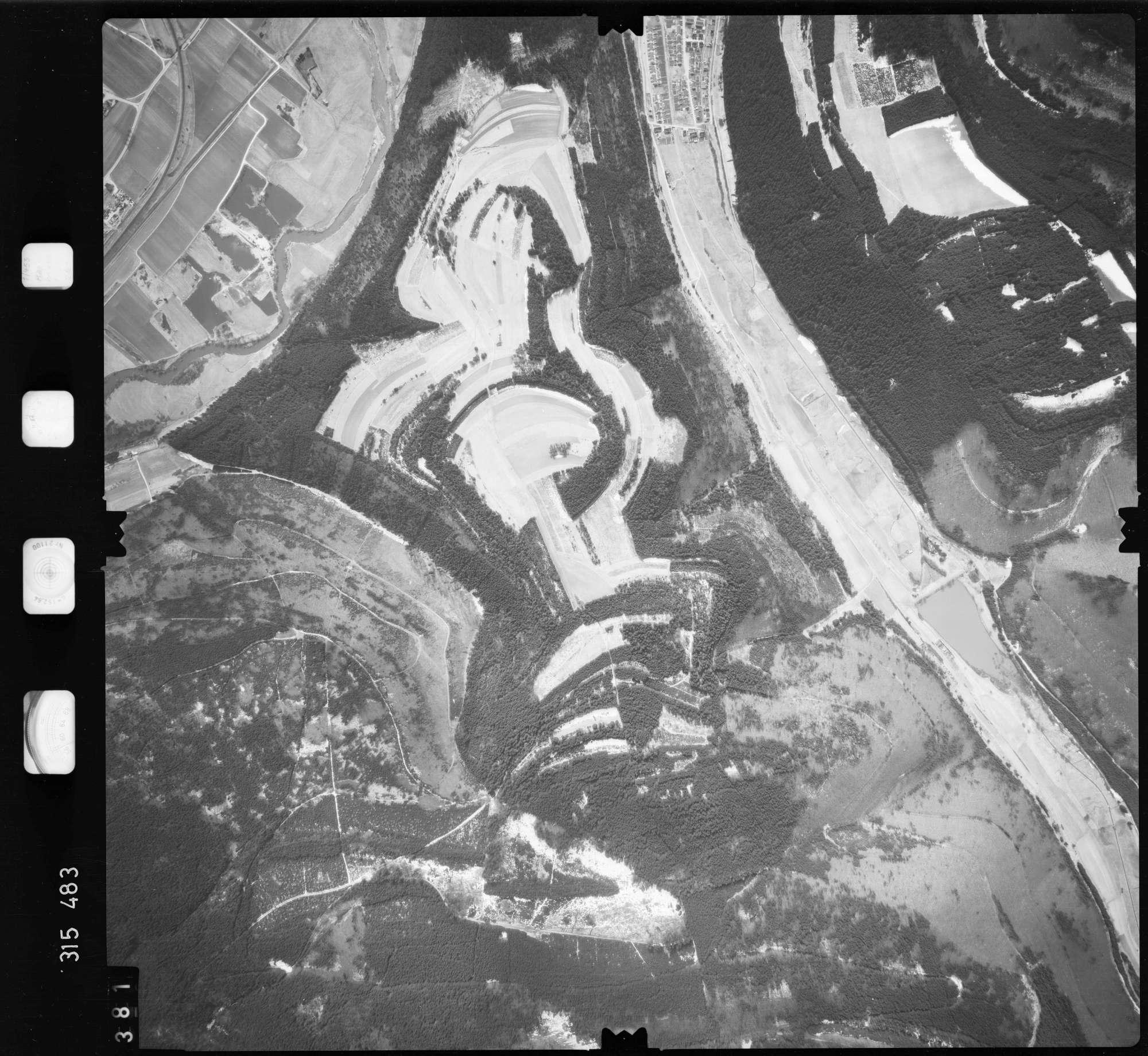 Luftbild: Film 58 Bildnr. 381, Bild 1