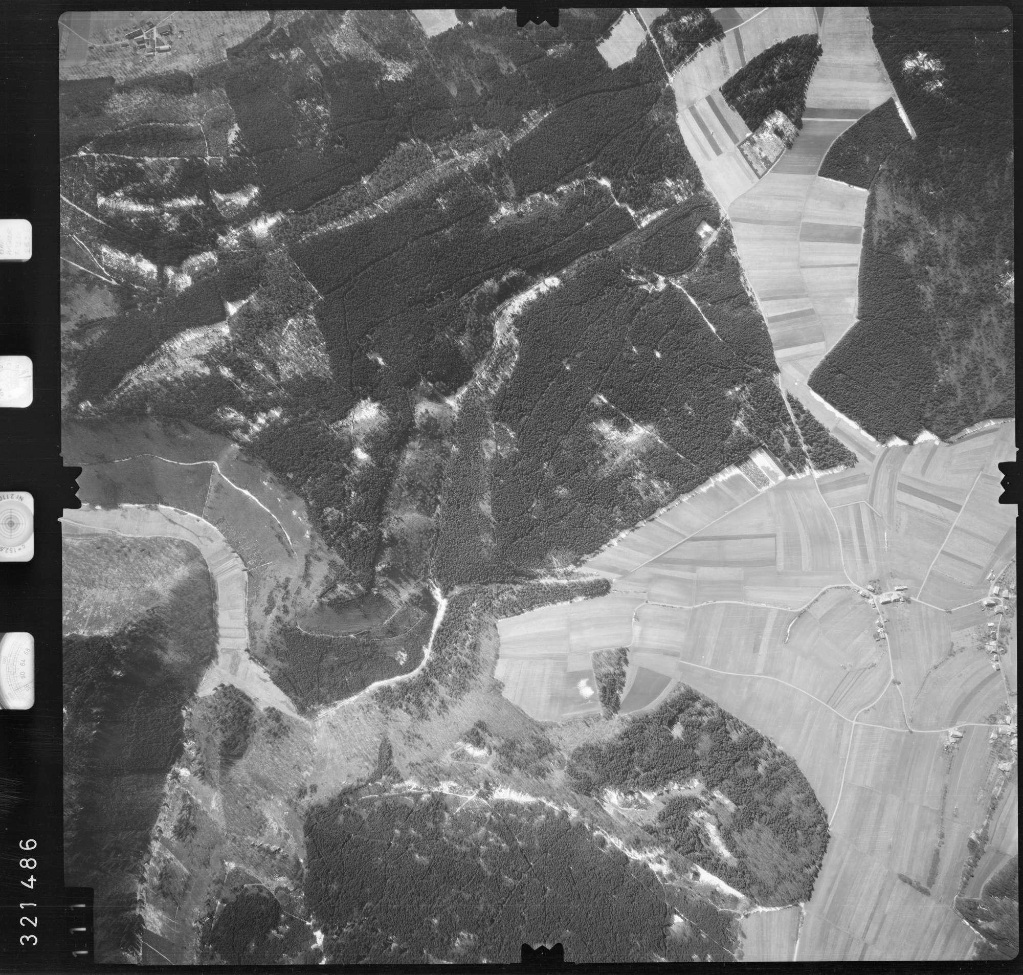 Luftbild: Film 53 Bildnr. 111, Bild 1