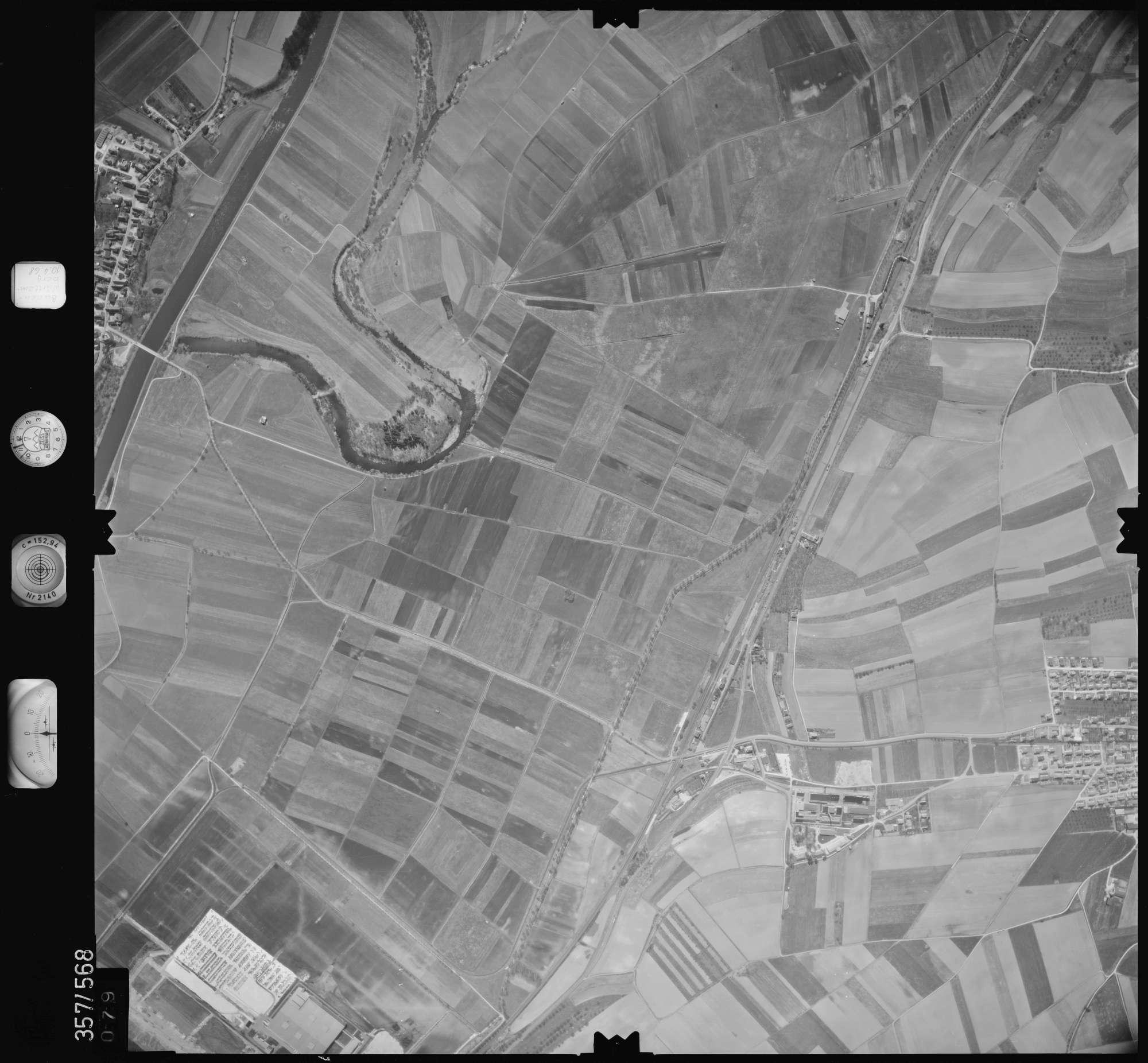 Luftbild: Film 38 Bildnr. 79, Bild 1
