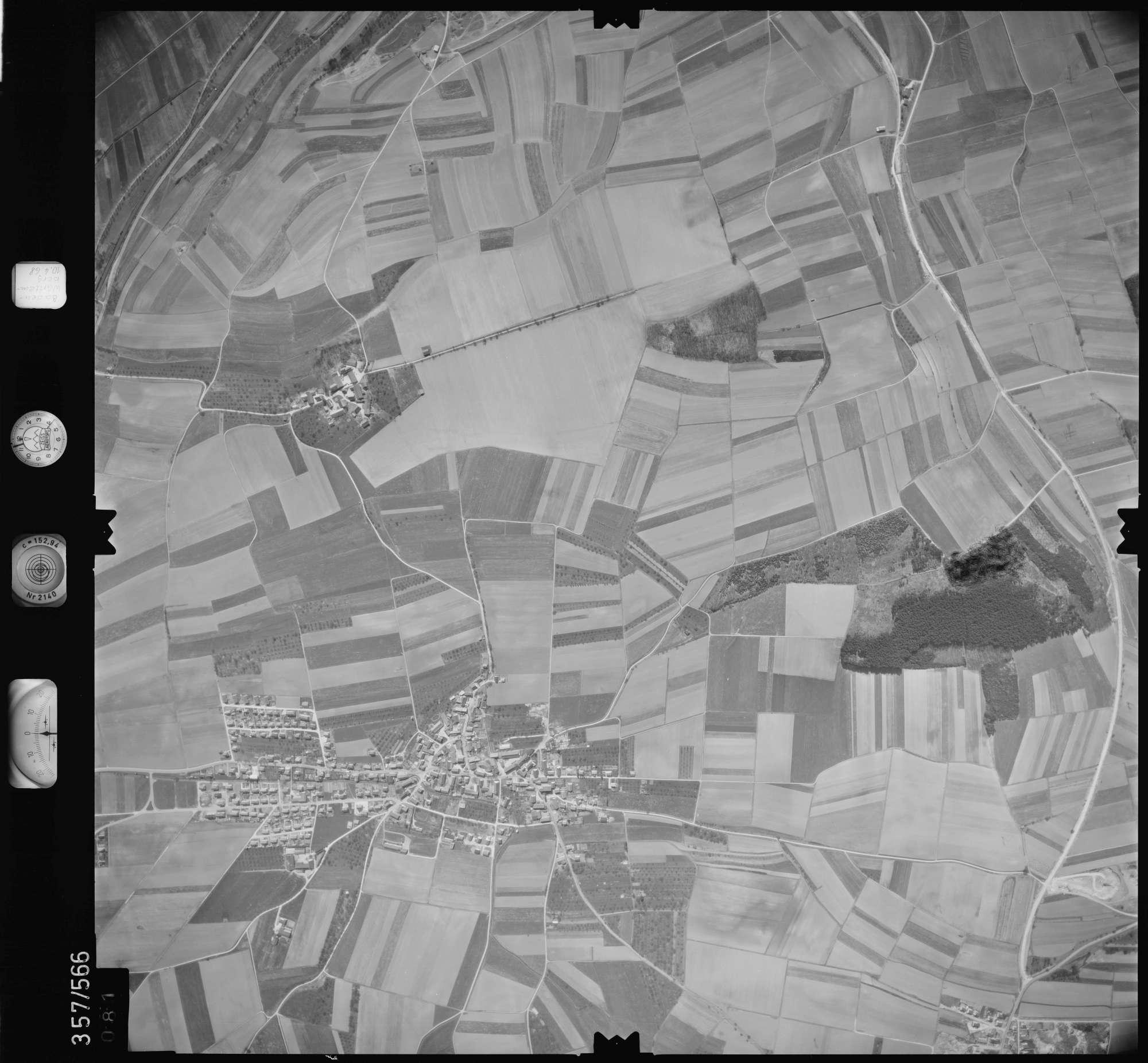 Luftbild: Film 38 Bildnr. 81, Bild 1