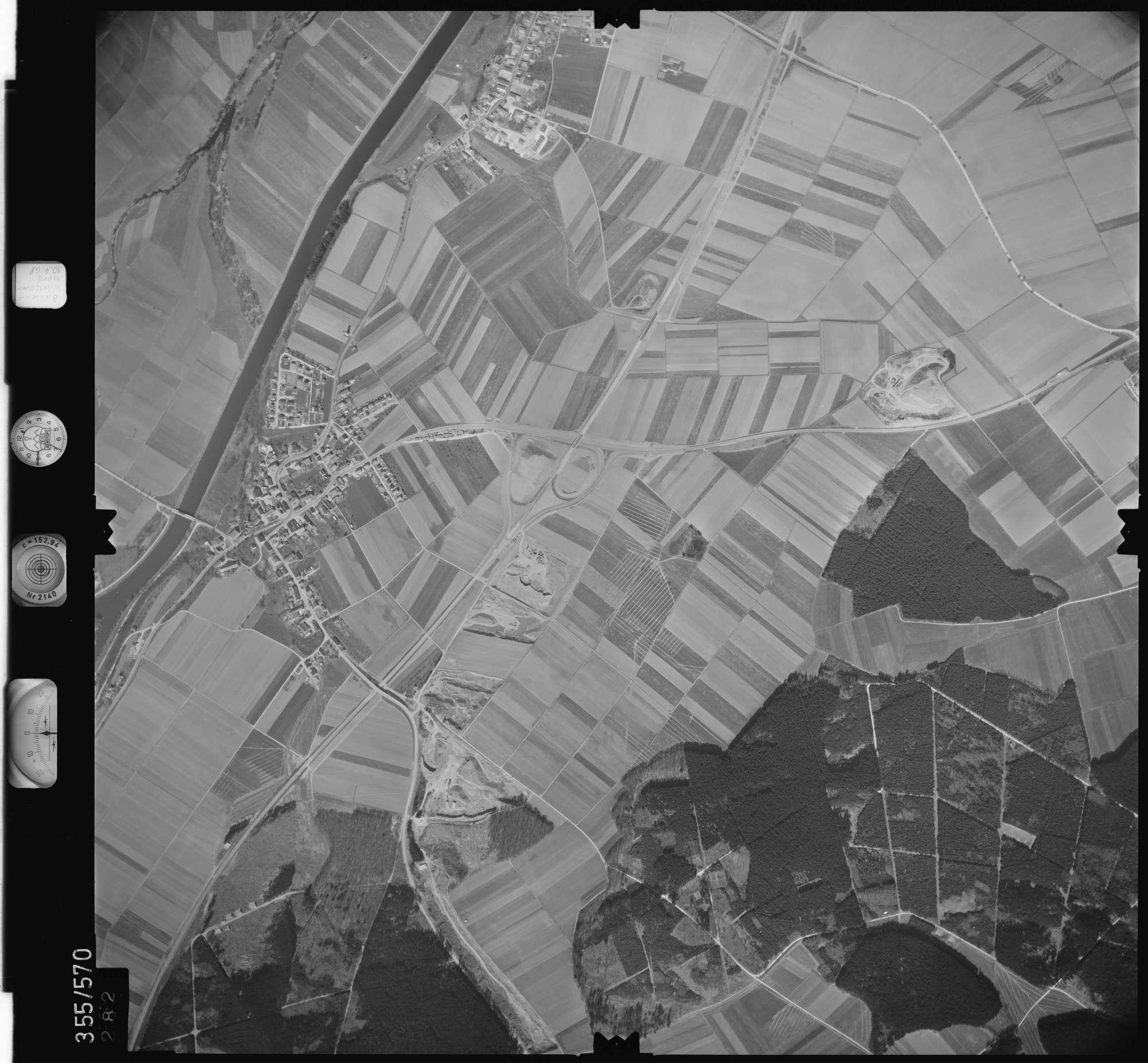 Luftbild: Film 38 Bildnr. 282, Bild 1