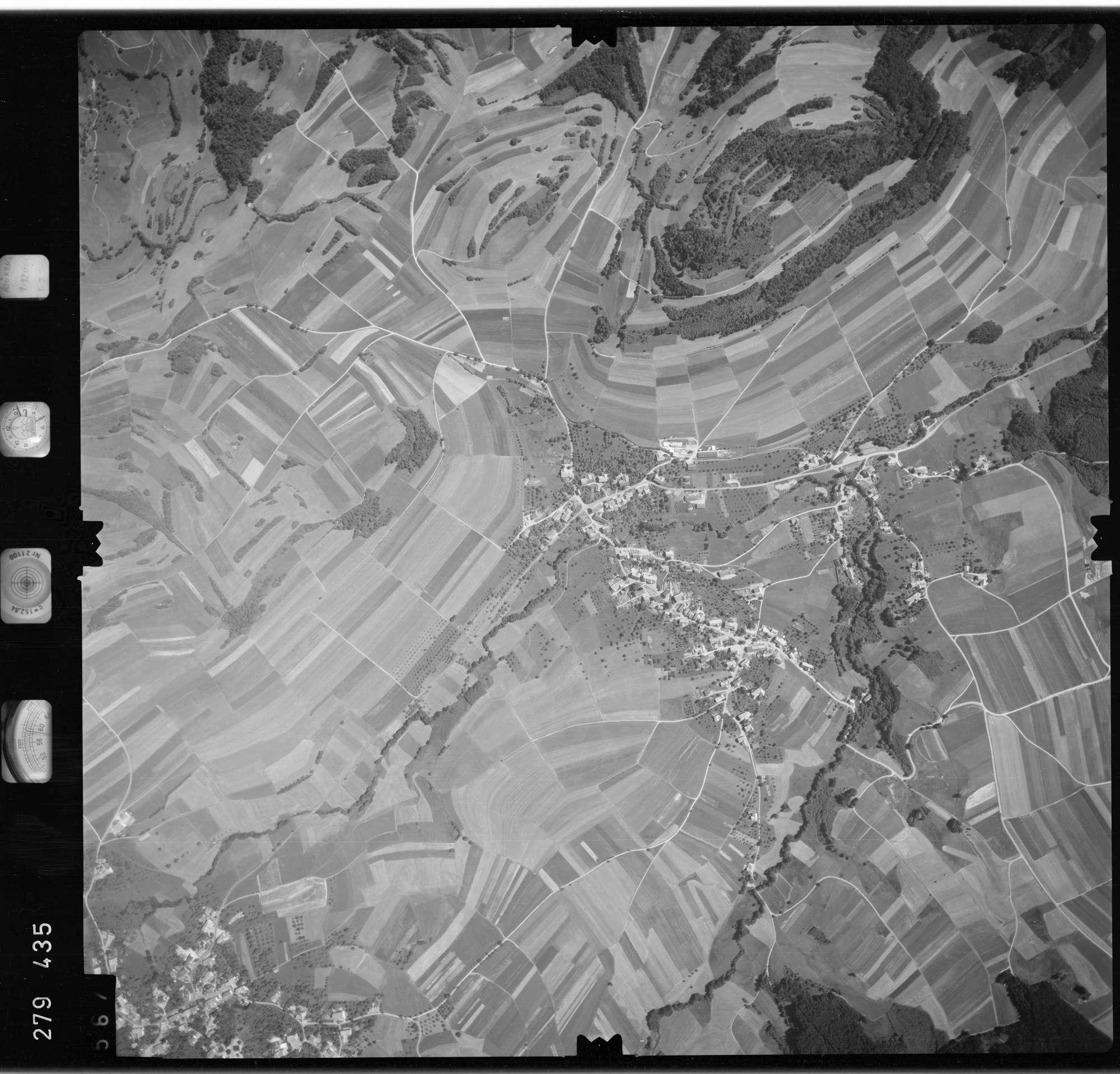 Luftbild: Film 72 Bildnr. 567, Bild 1