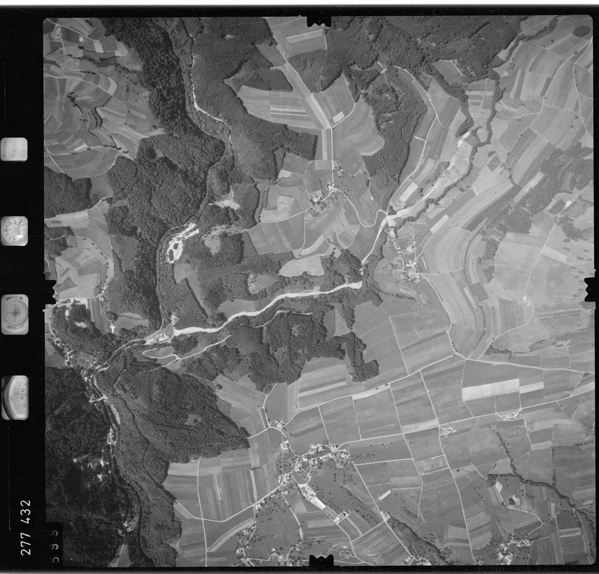 Luftbild: Film 72 Bildnr. 599, Bild 1