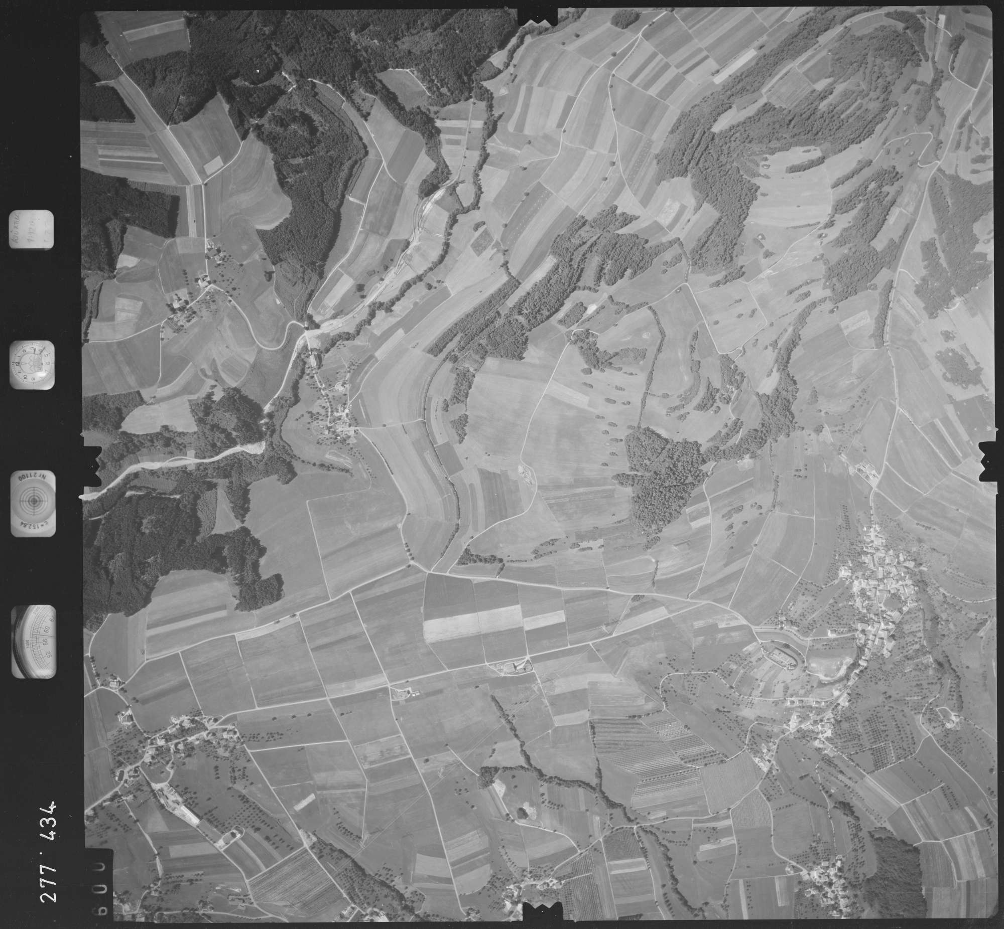 Luftbild: Film 72 Bildnr. 600, Bild 1