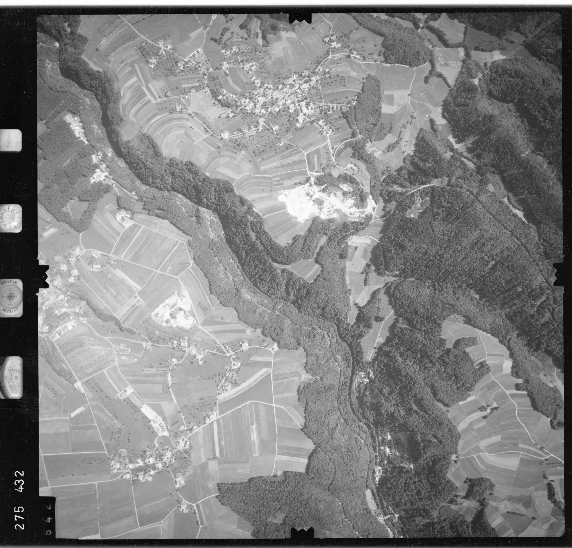 Luftbild: Film 77 Bildnr. 642, Bild 1