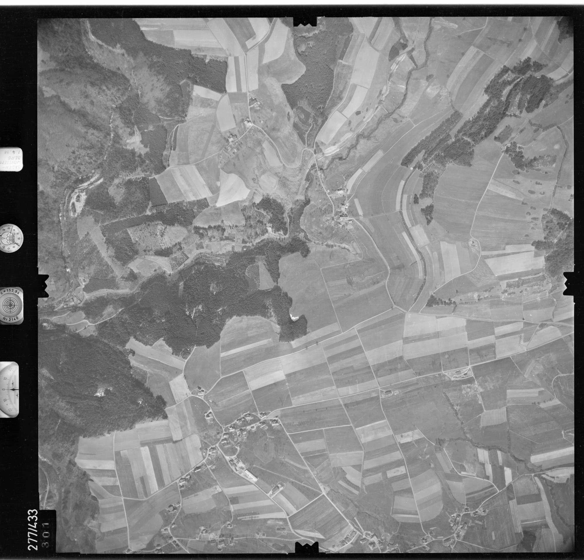 Luftbild: Film 81 Bildnr. 301, Bild 1