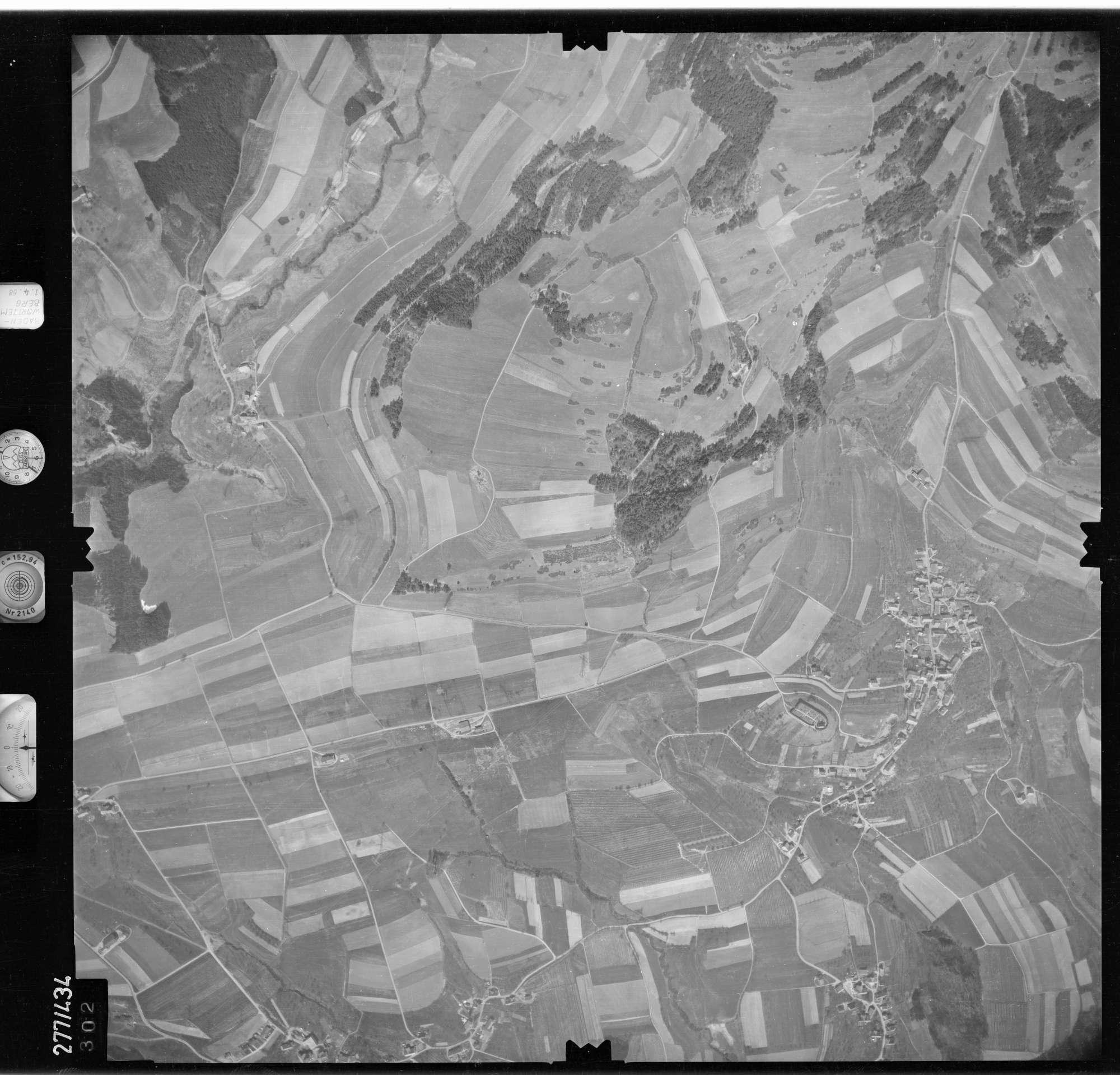 Luftbild: Film 81 Bildnr. 302, Bild 1