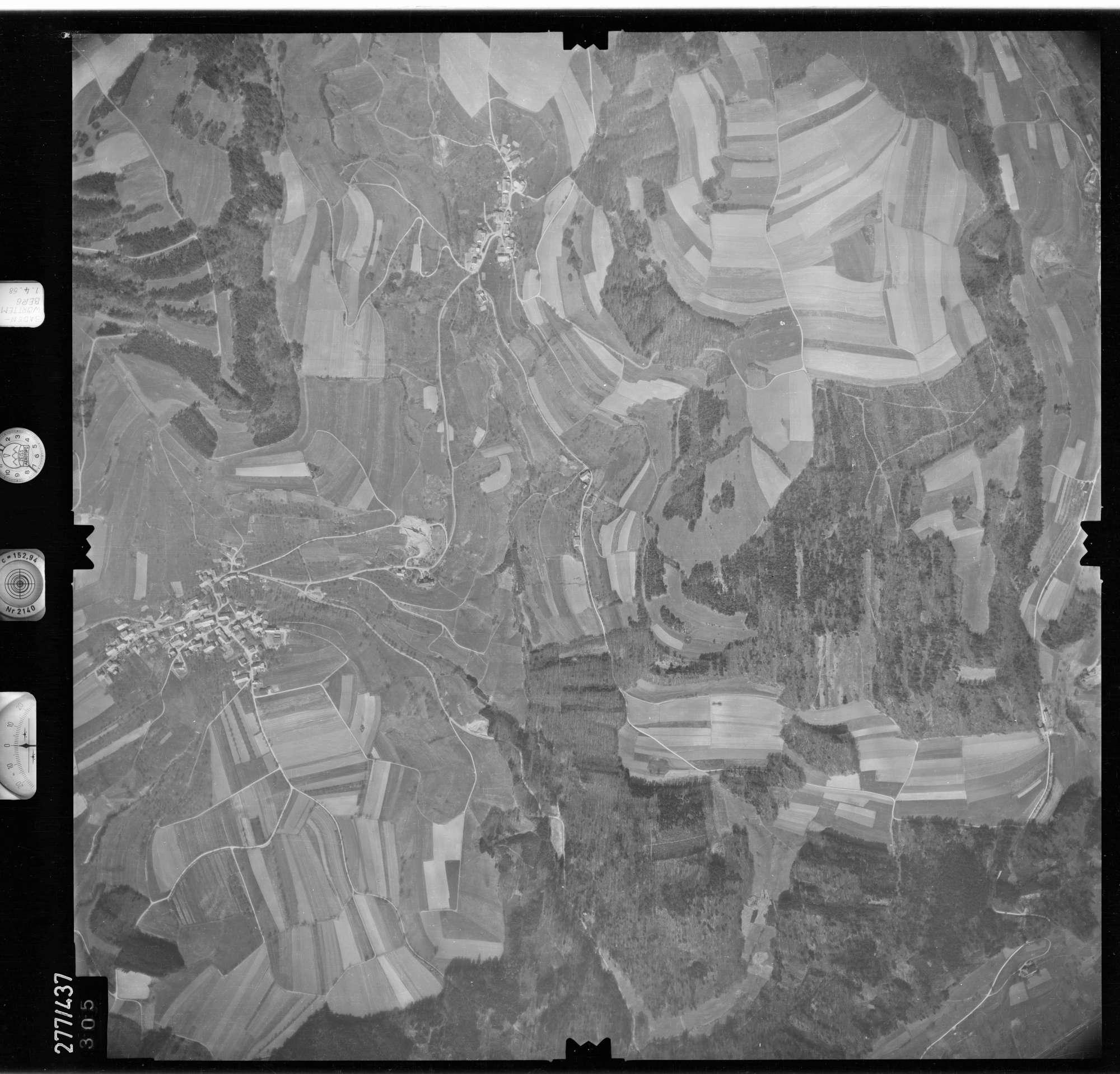 Luftbild: Film 81 Bildnr. 305, Bild 1