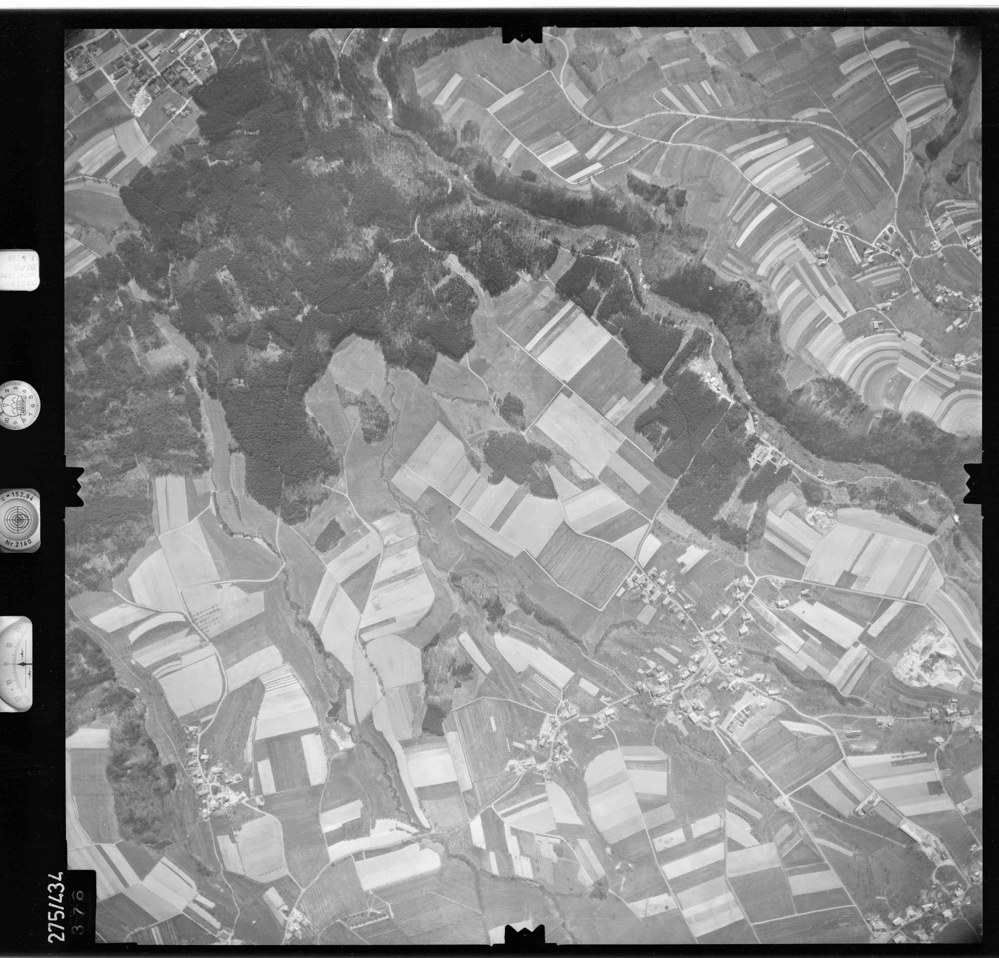 Luftbild: Film 81 Bildnr. 376, Bild 1