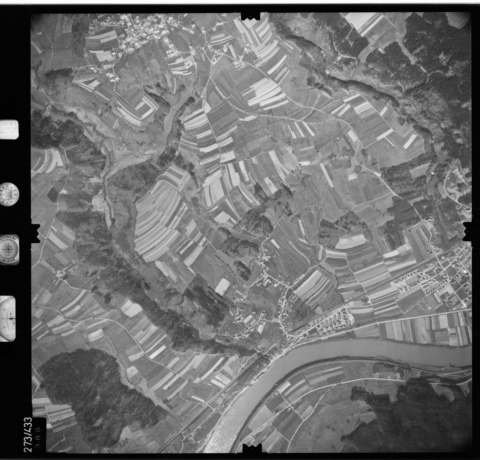 Luftbild: Film 81 Bildnr. 386, Bild 1