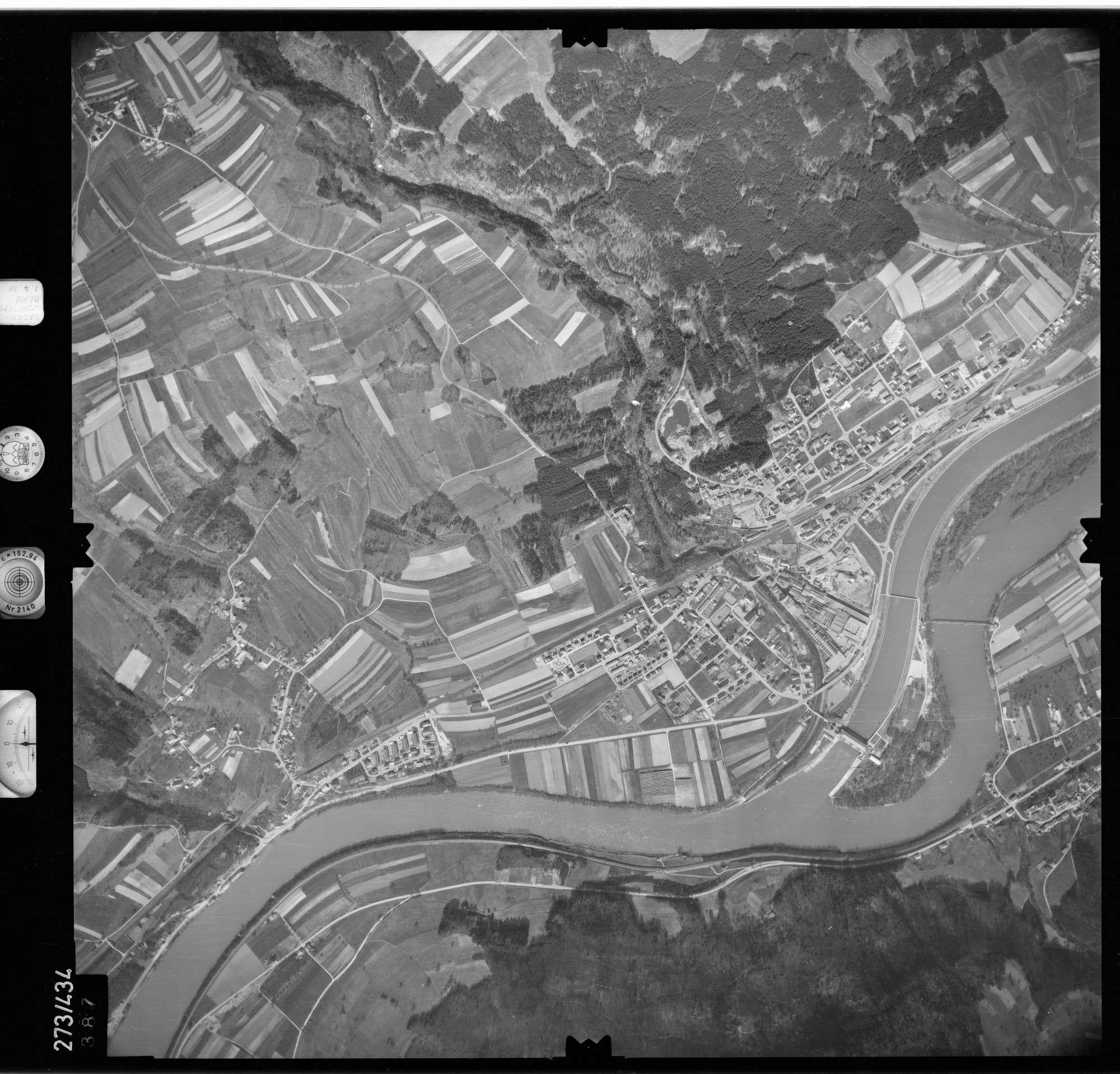 Luftbild: Film 81 Bildnr. 387, Bild 1