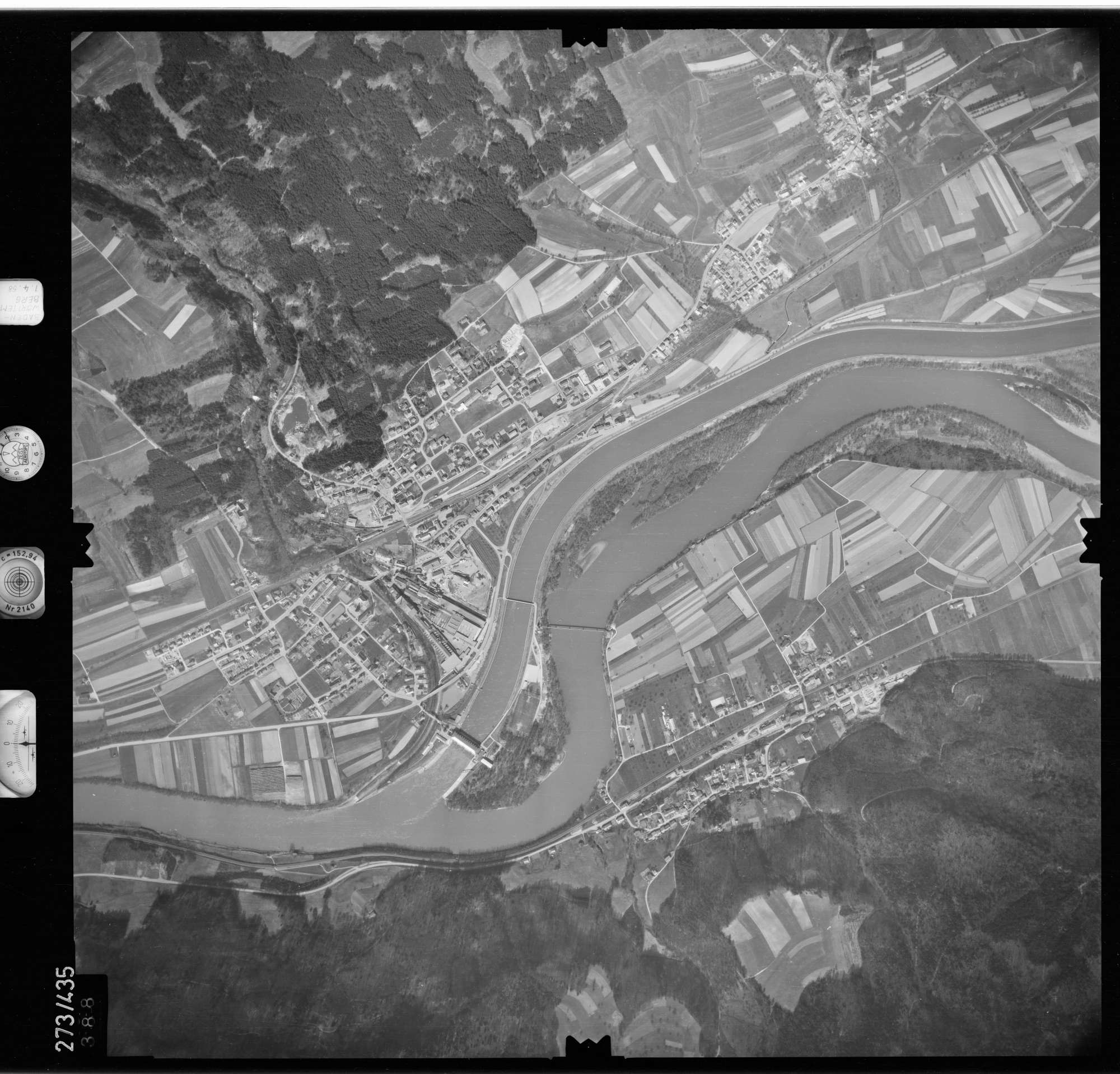 Luftbild: Film 81 Bildnr. 388, Bild 1