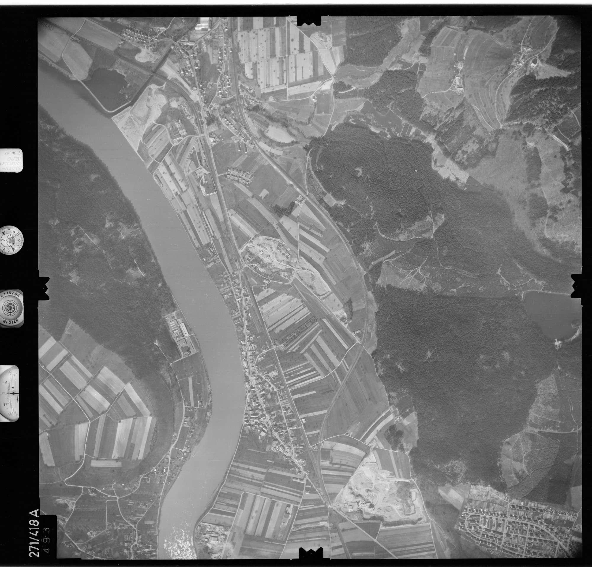 Luftbild: Film 81 Bildnr. 493, Bild 1