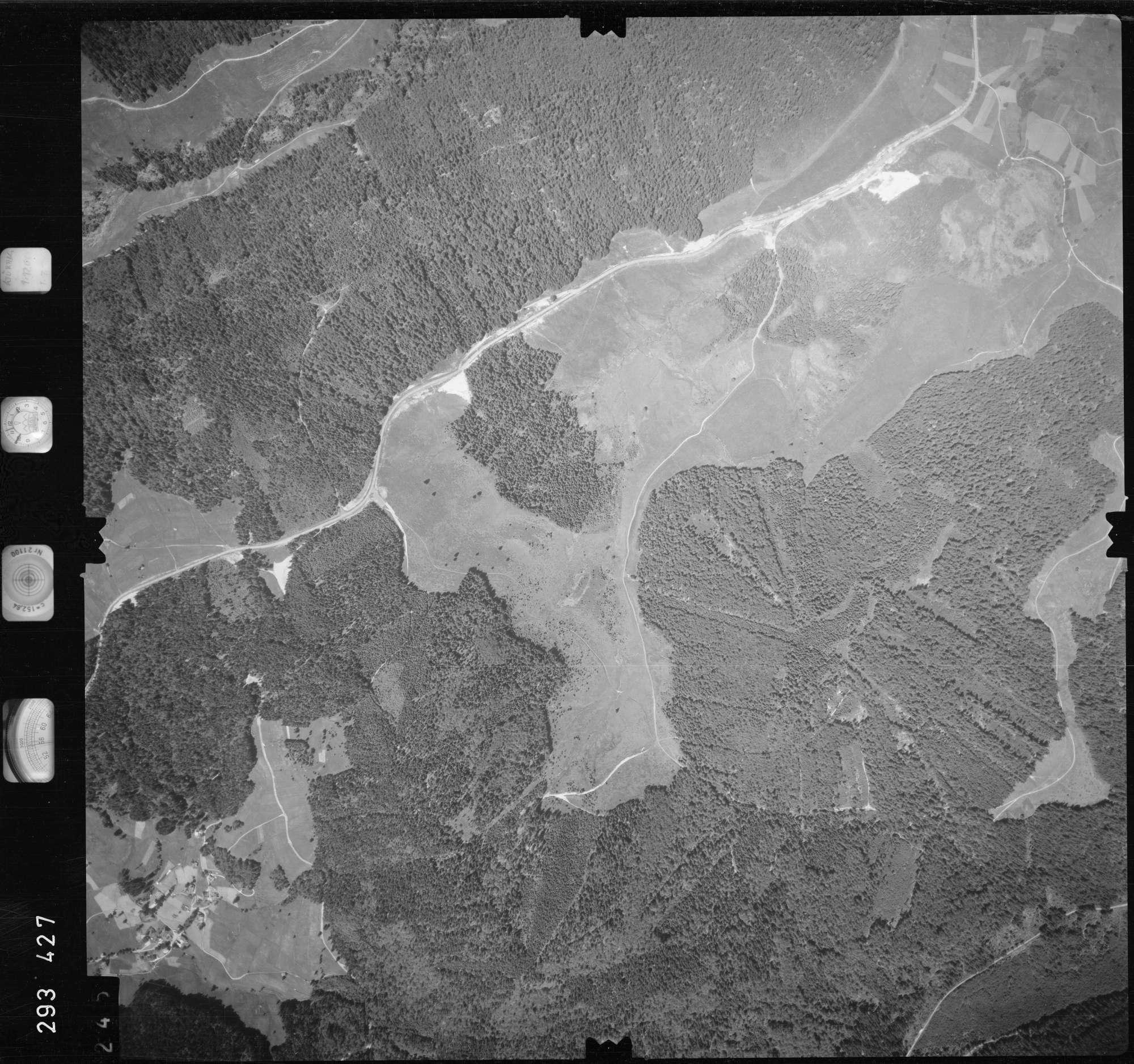 Luftbild: Film 68 Bildnr. 245, Bild 1