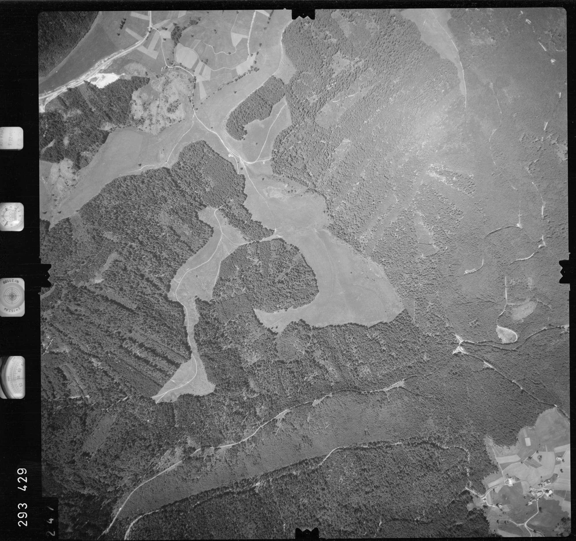 Luftbild: Film 68 Bildnr. 247, Bild 1