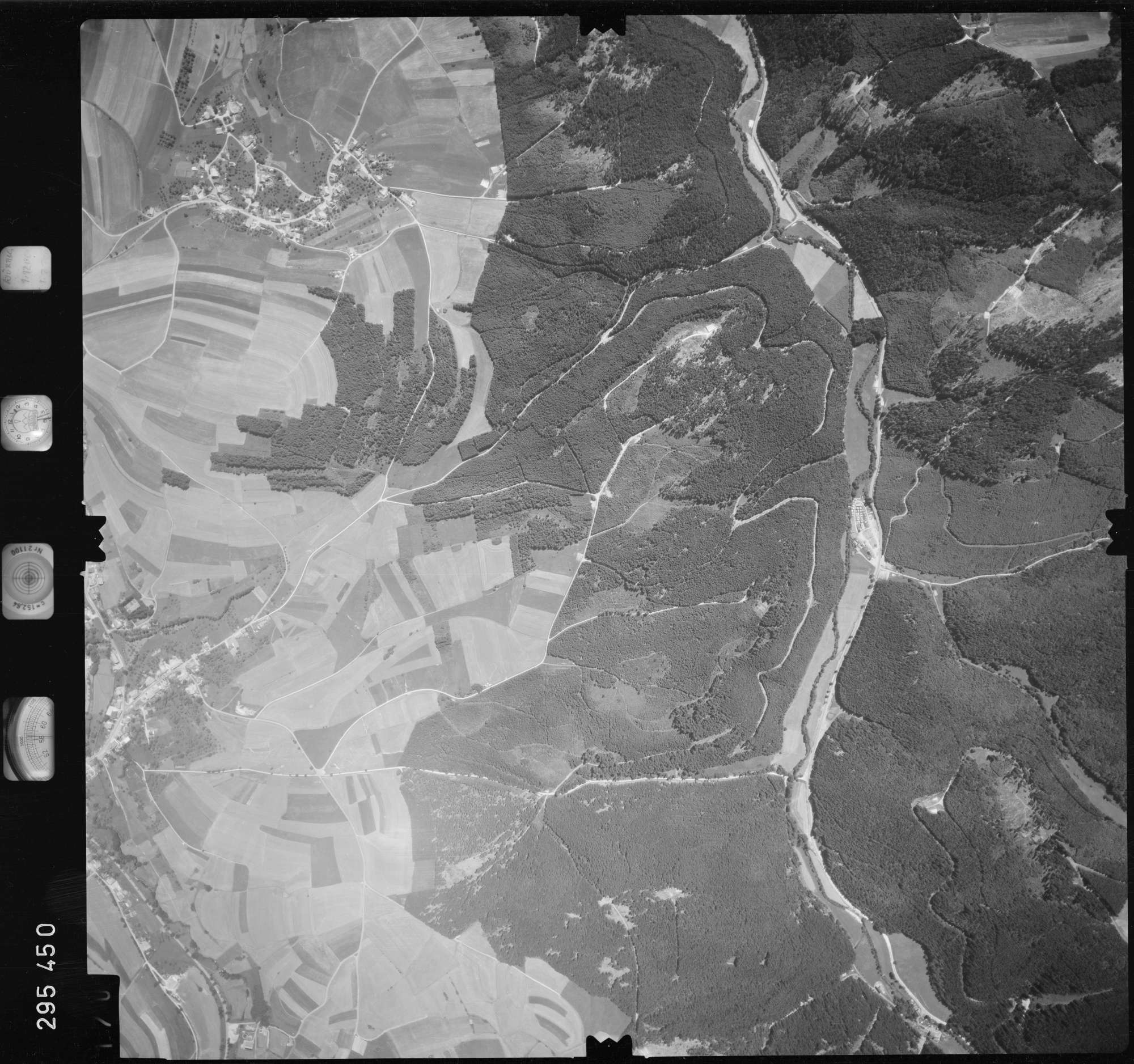 Luftbild: Film 68 Bildnr. 170, Bild 1