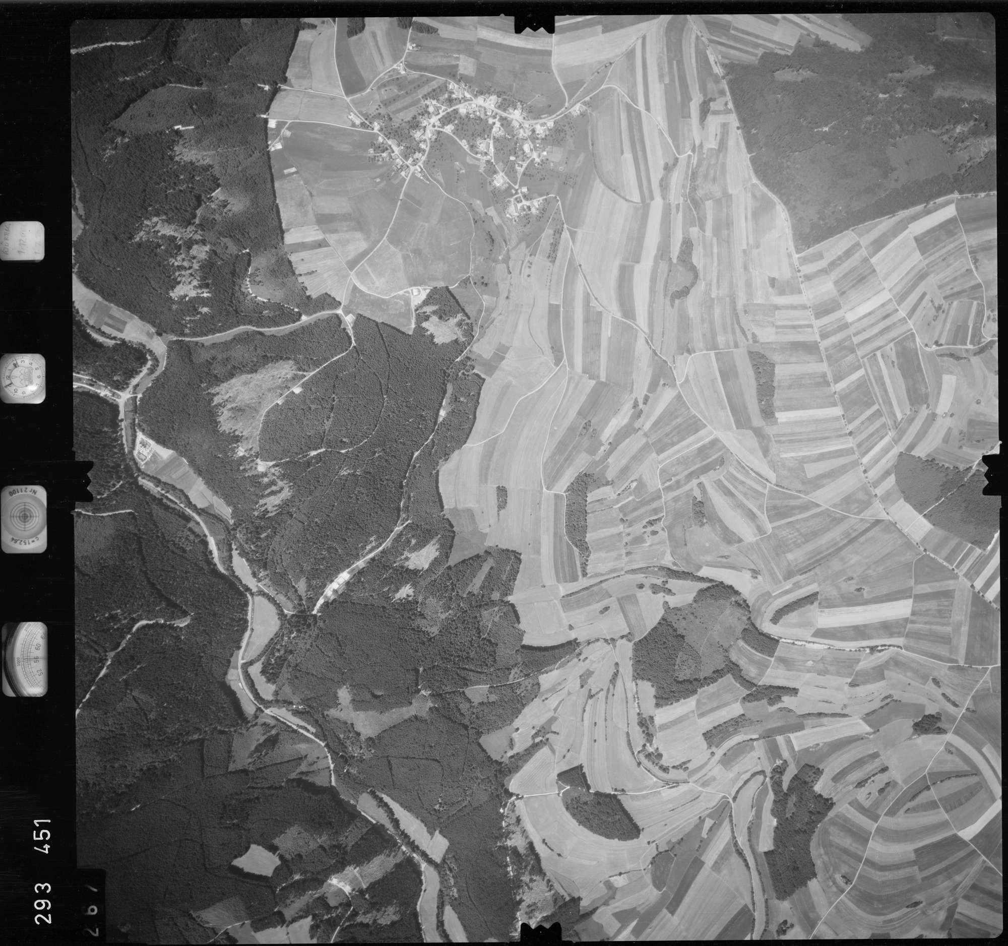 Luftbild: Film 68 Bildnr. 267, Bild 1