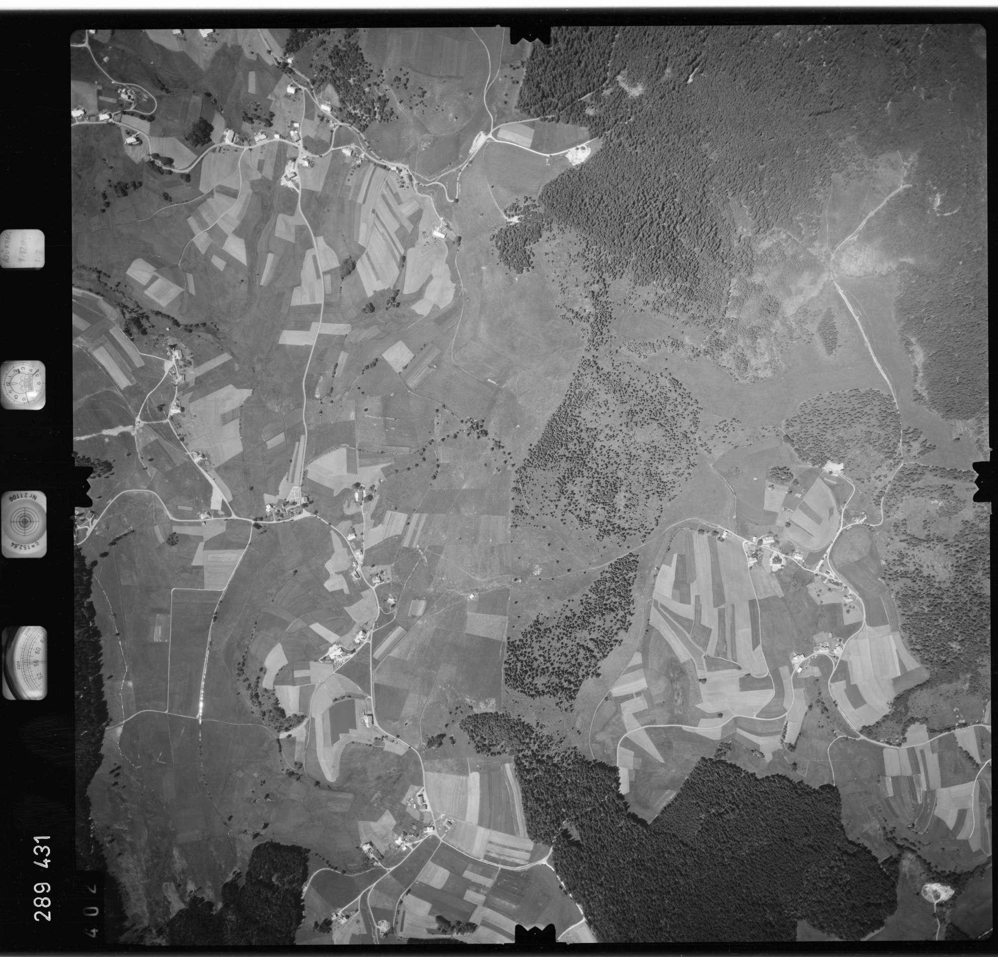 Luftbild: Film 72 Bildnr. 402, Bild 1