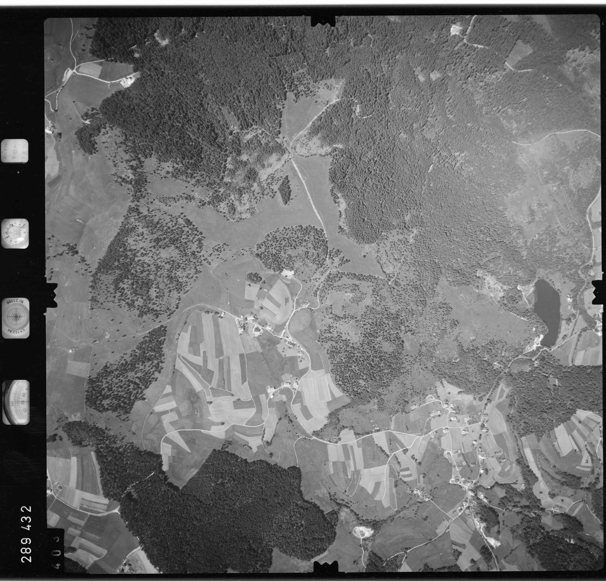Luftbild: Film 72 Bildnr. 403, Bild 1