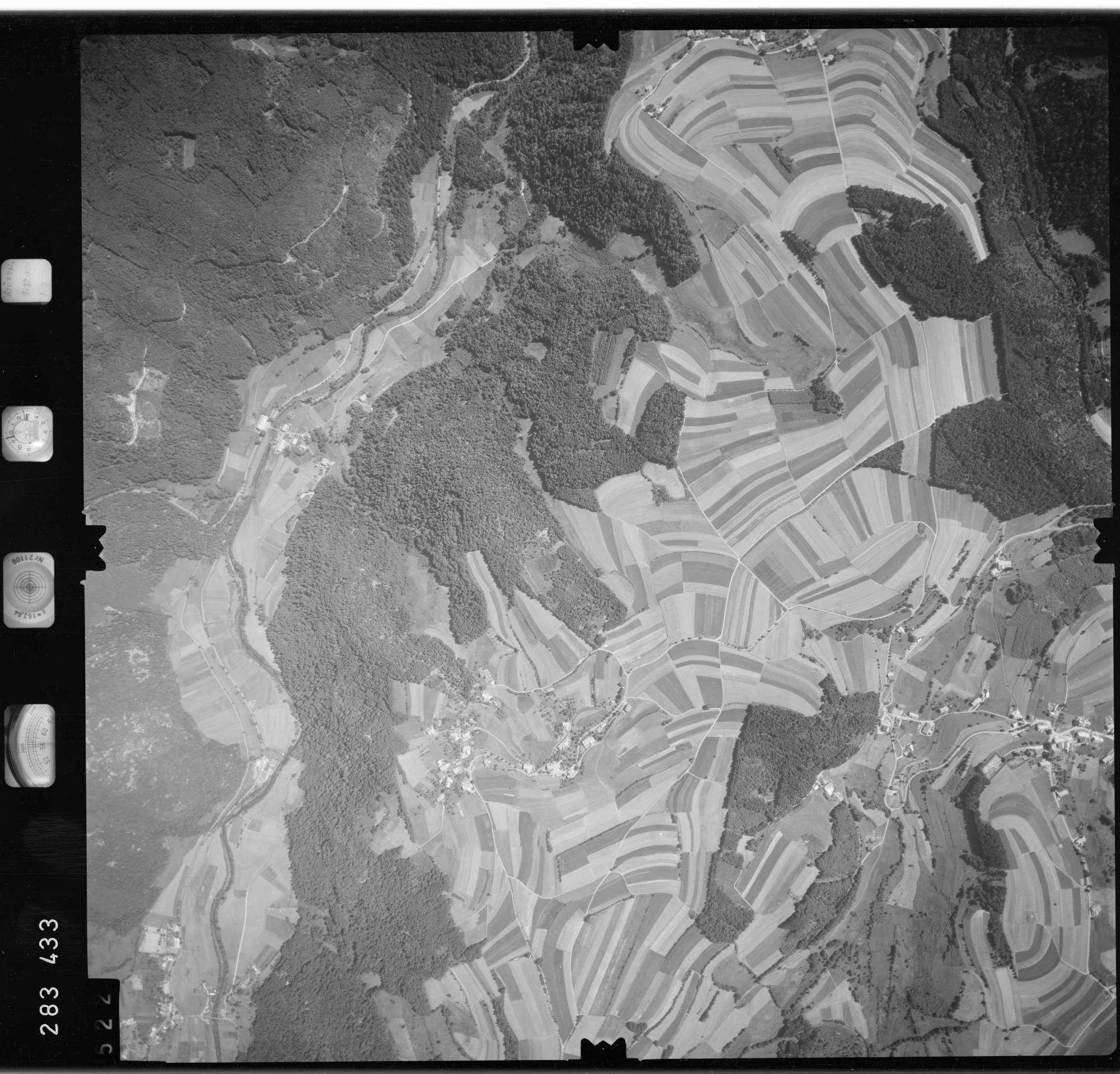 Luftbild: Film 72 Bildnr. 522, Bild 1