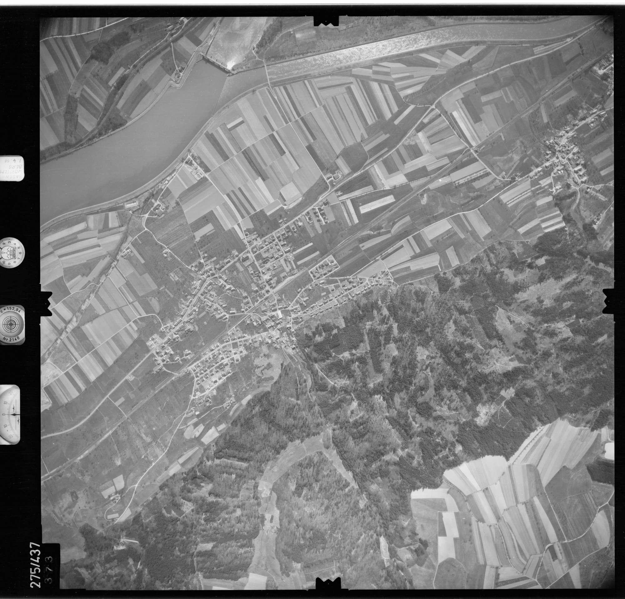 Luftbild: Film 81 Bildnr. 373, Bild 1