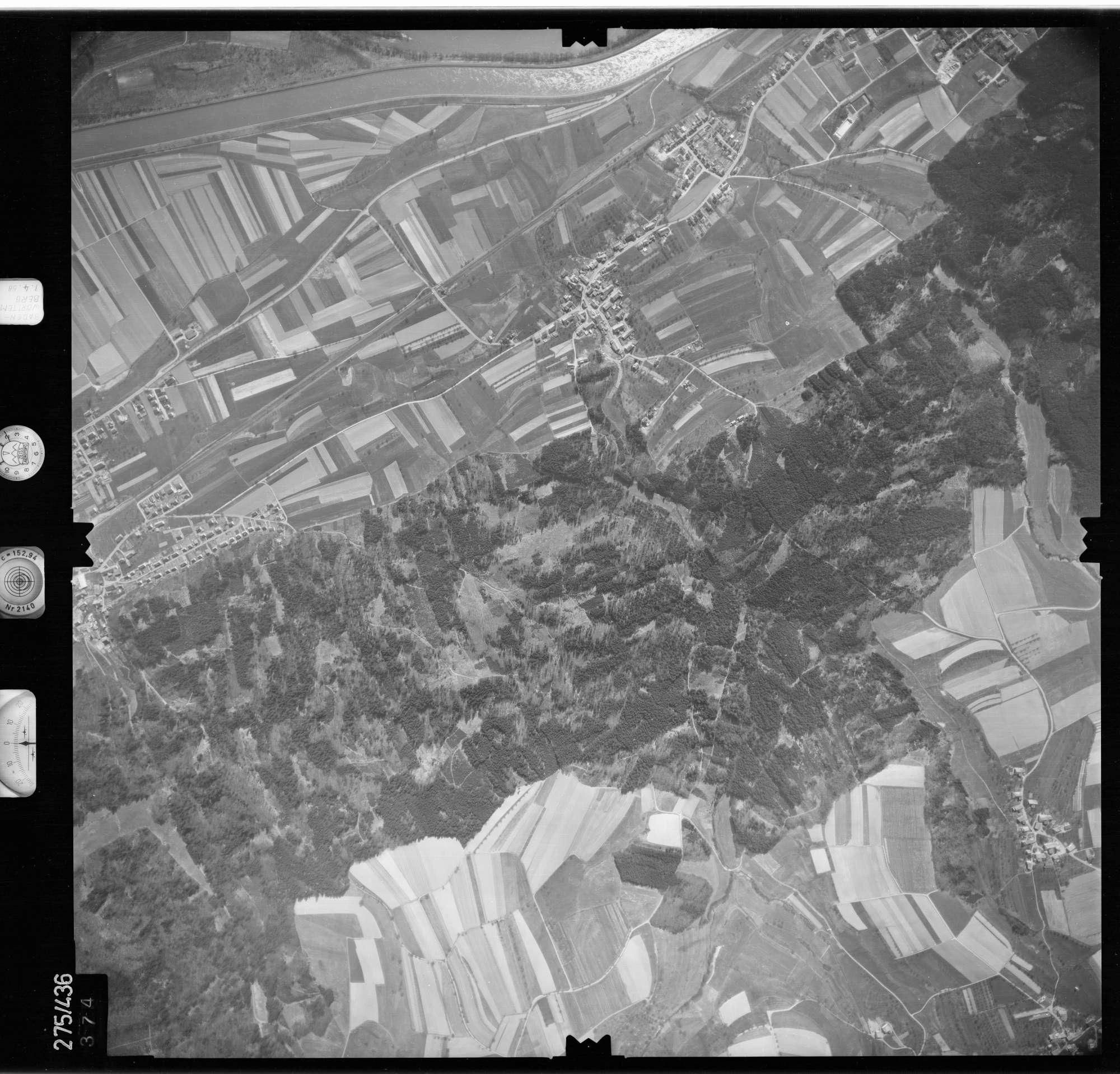 Luftbild: Film 81 Bildnr. 374, Bild 1