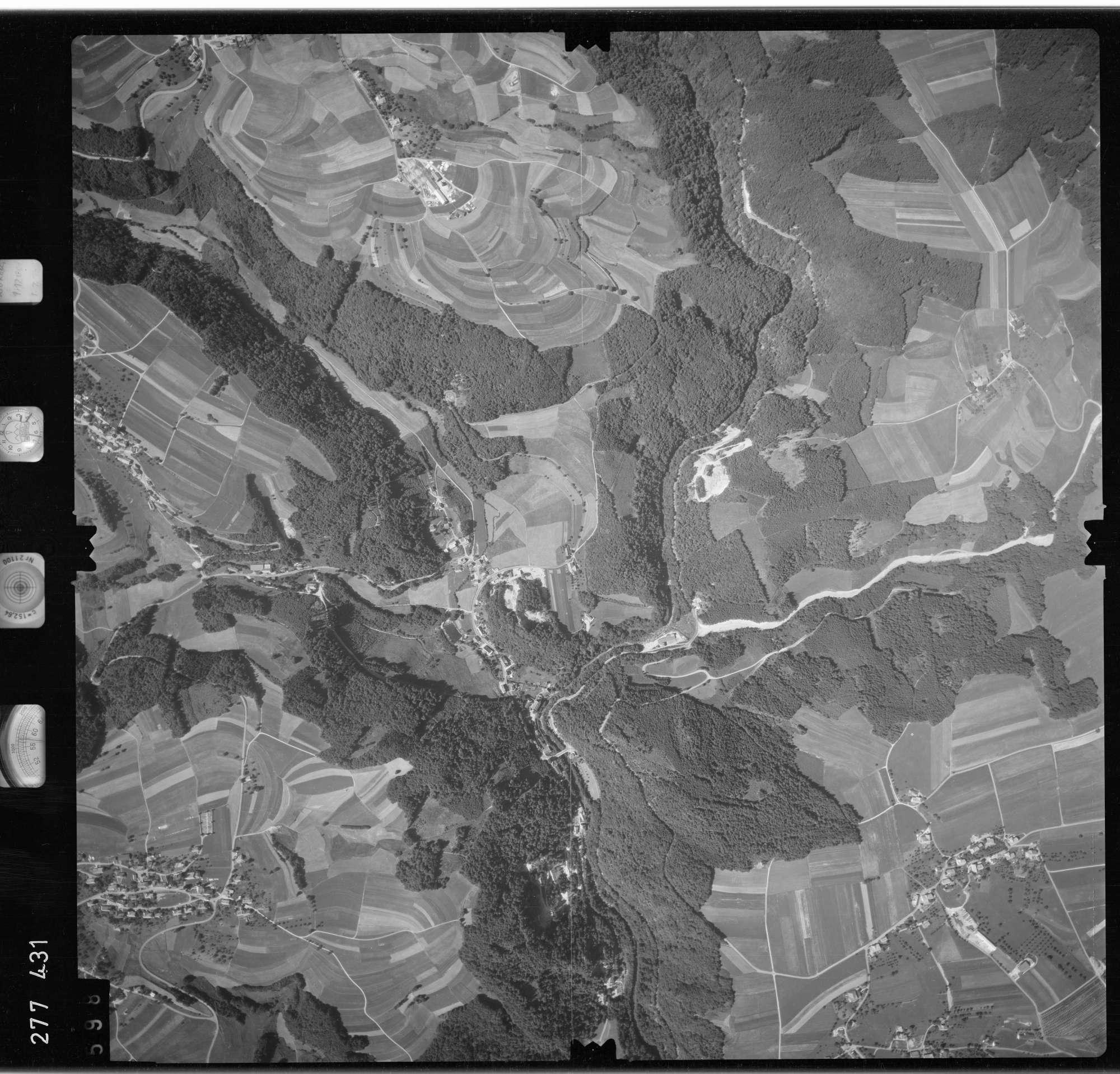 Luftbild: Film 72 Bildnr. 598, Bild 1