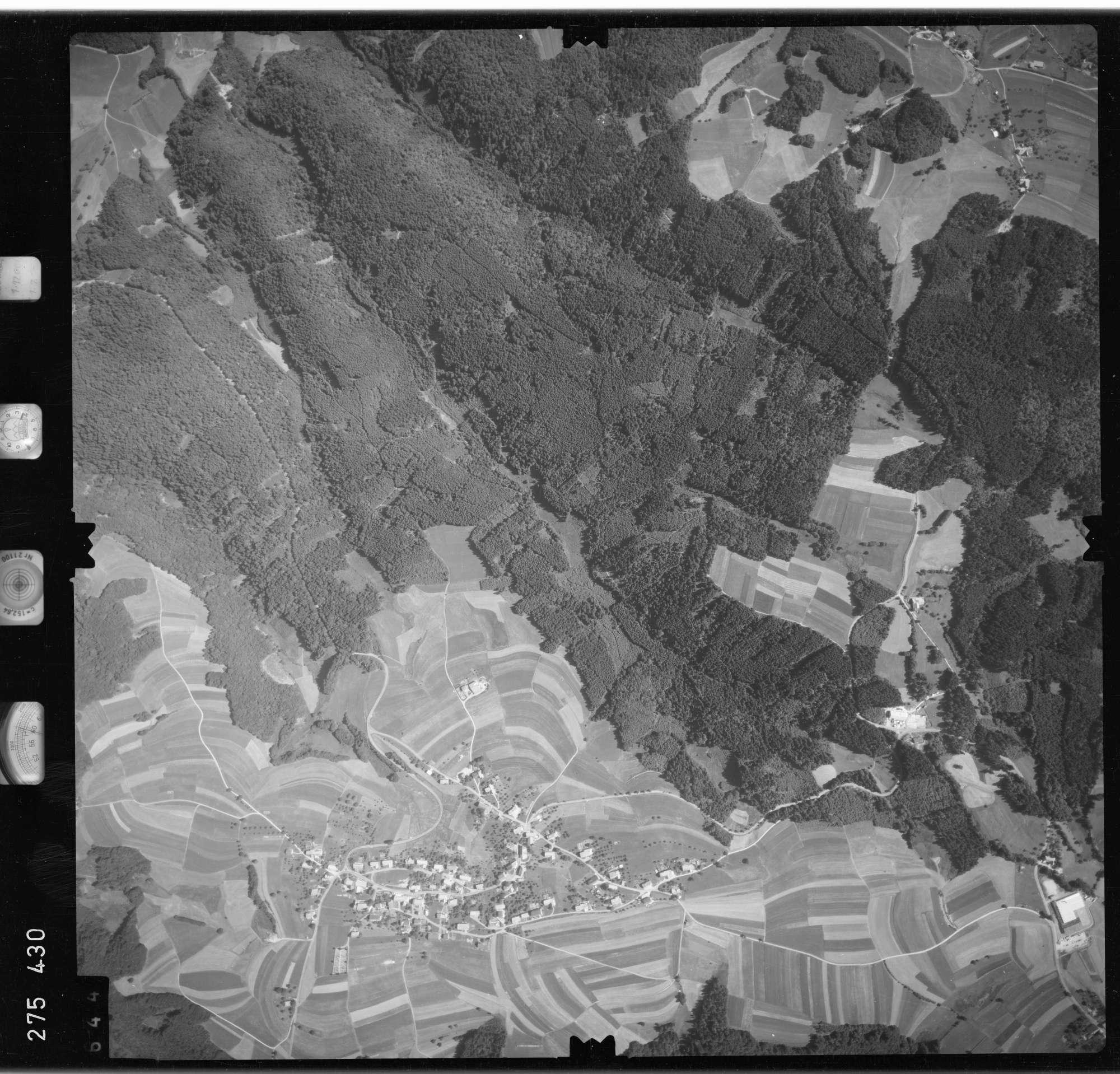 Luftbild: Film 77 Bildnr. 644, Bild 1