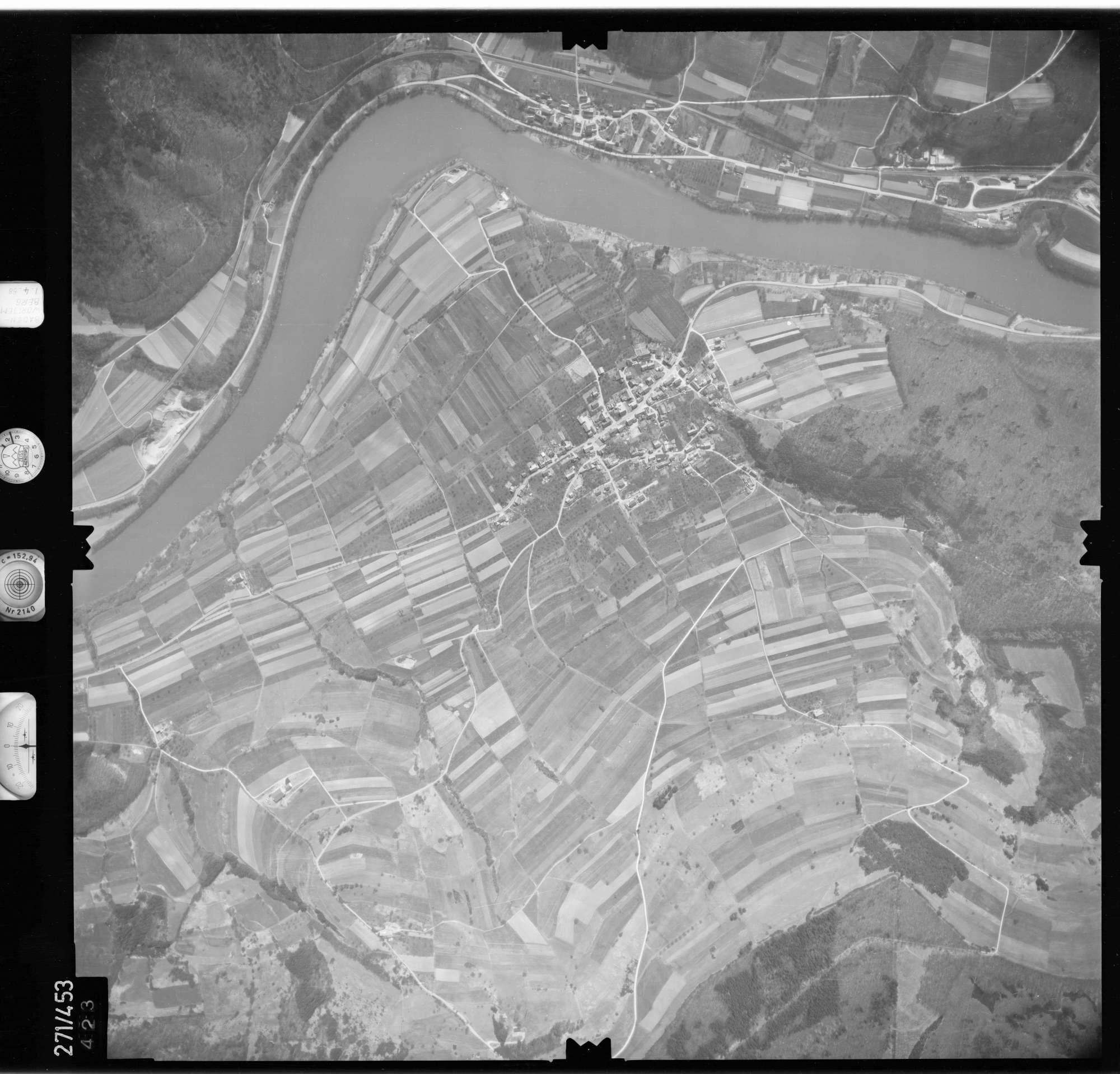 Luftbild: Film 81 Bildnr. 423, Bild 1