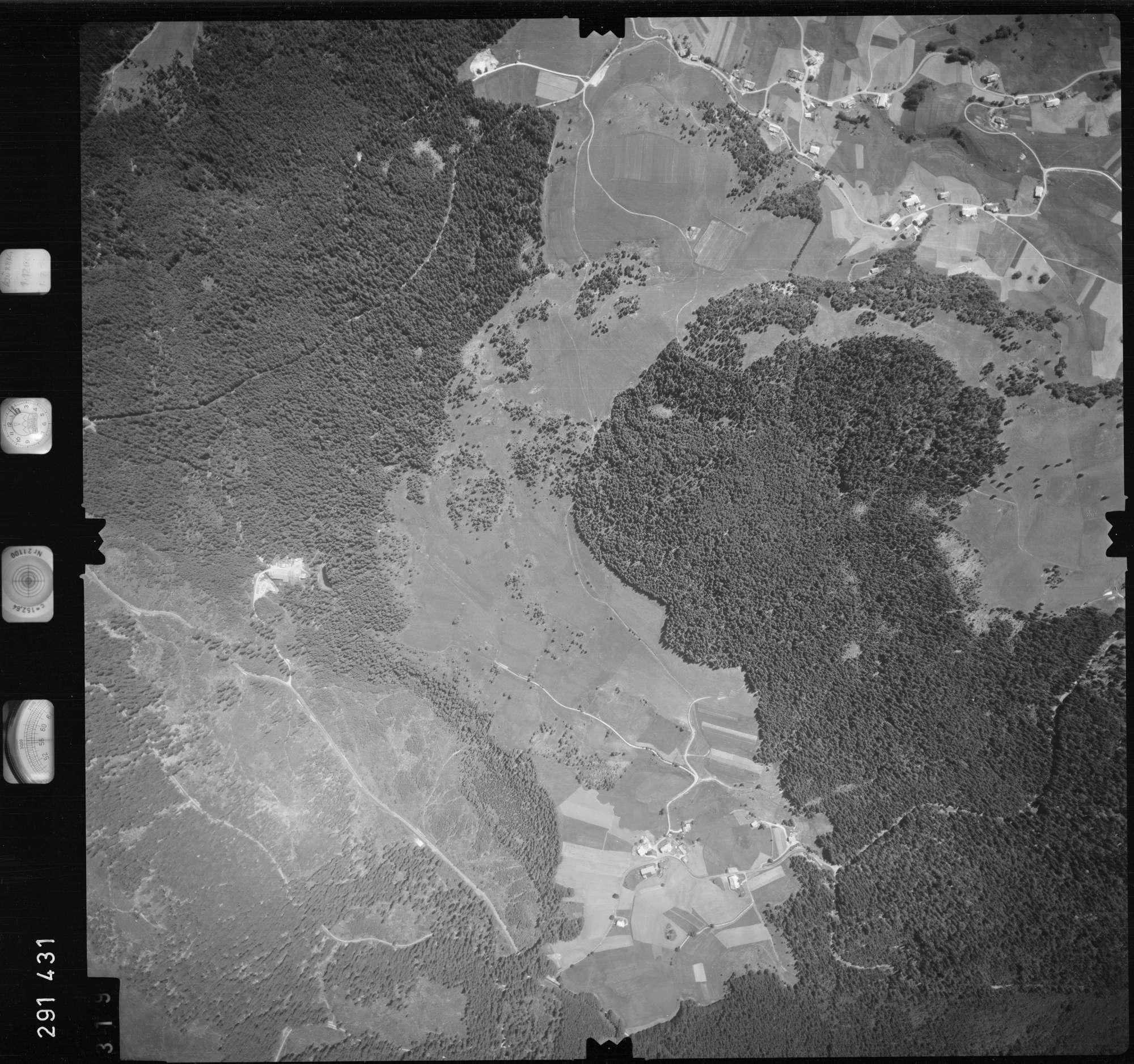 Luftbild: Film 68 Bildnr. 319, Bild 1