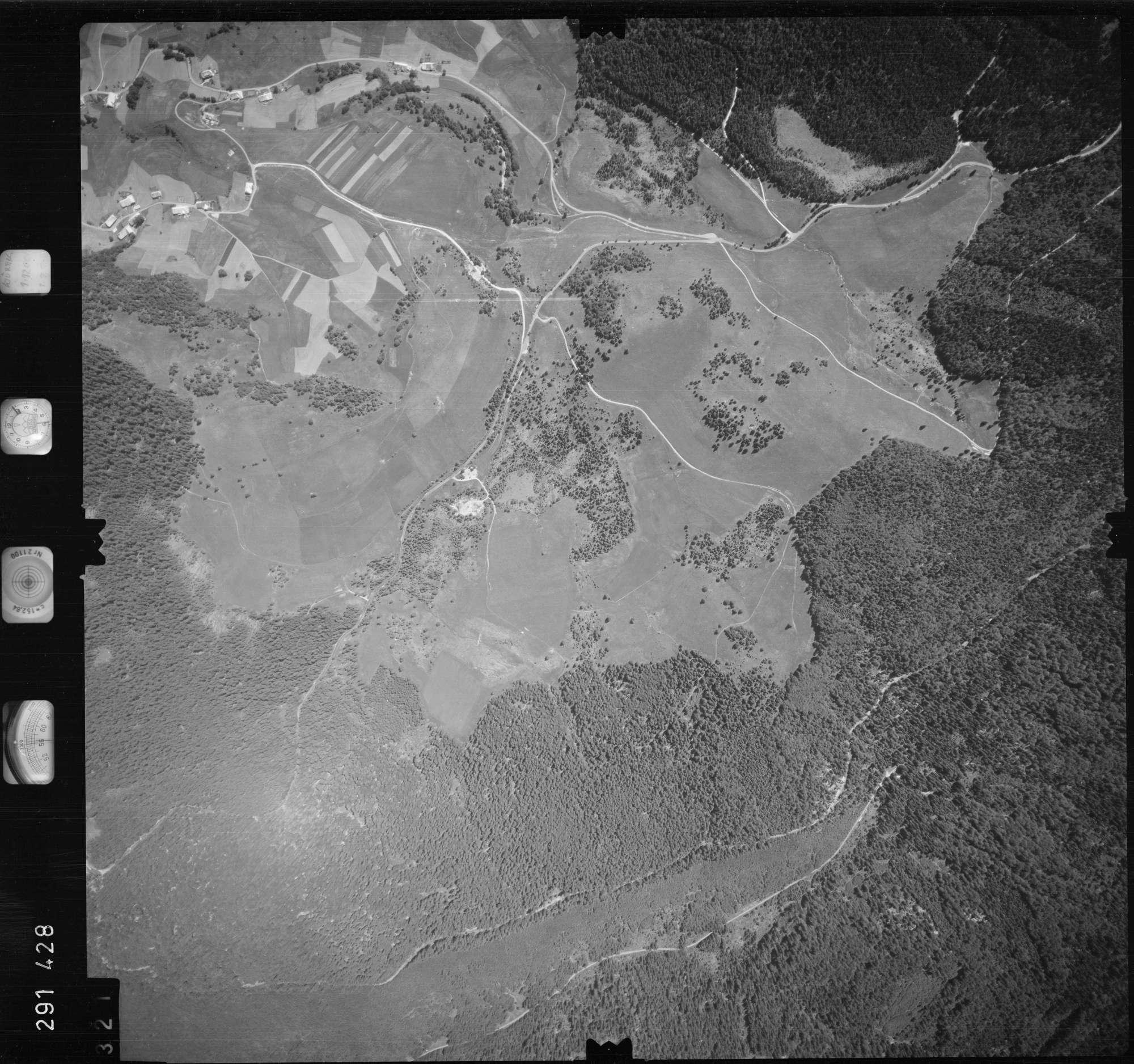 Luftbild: Film 68 Bildnr. 321, Bild 1