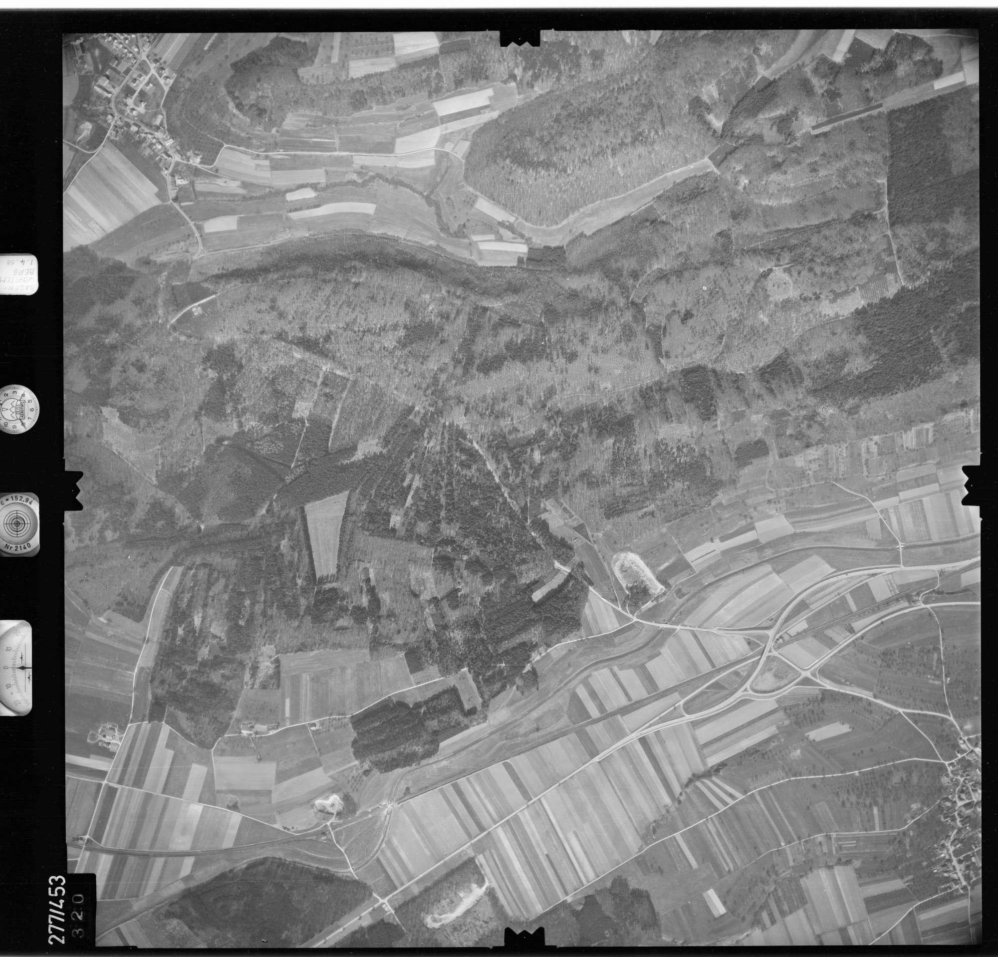 Luftbild: Film 81 Bildnr. 320, Bild 1