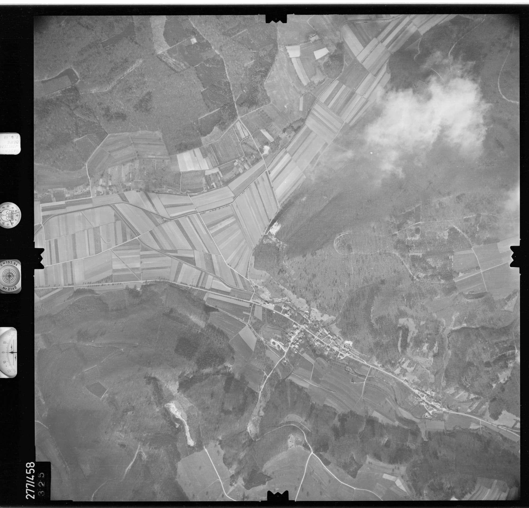 Luftbild: Film 81 Bildnr. 325, Bild 1