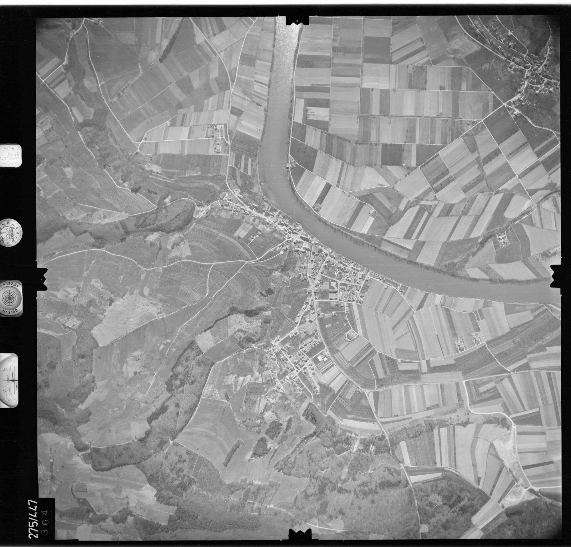 Luftbild: Film 81 Bildnr. 364, Bild 1