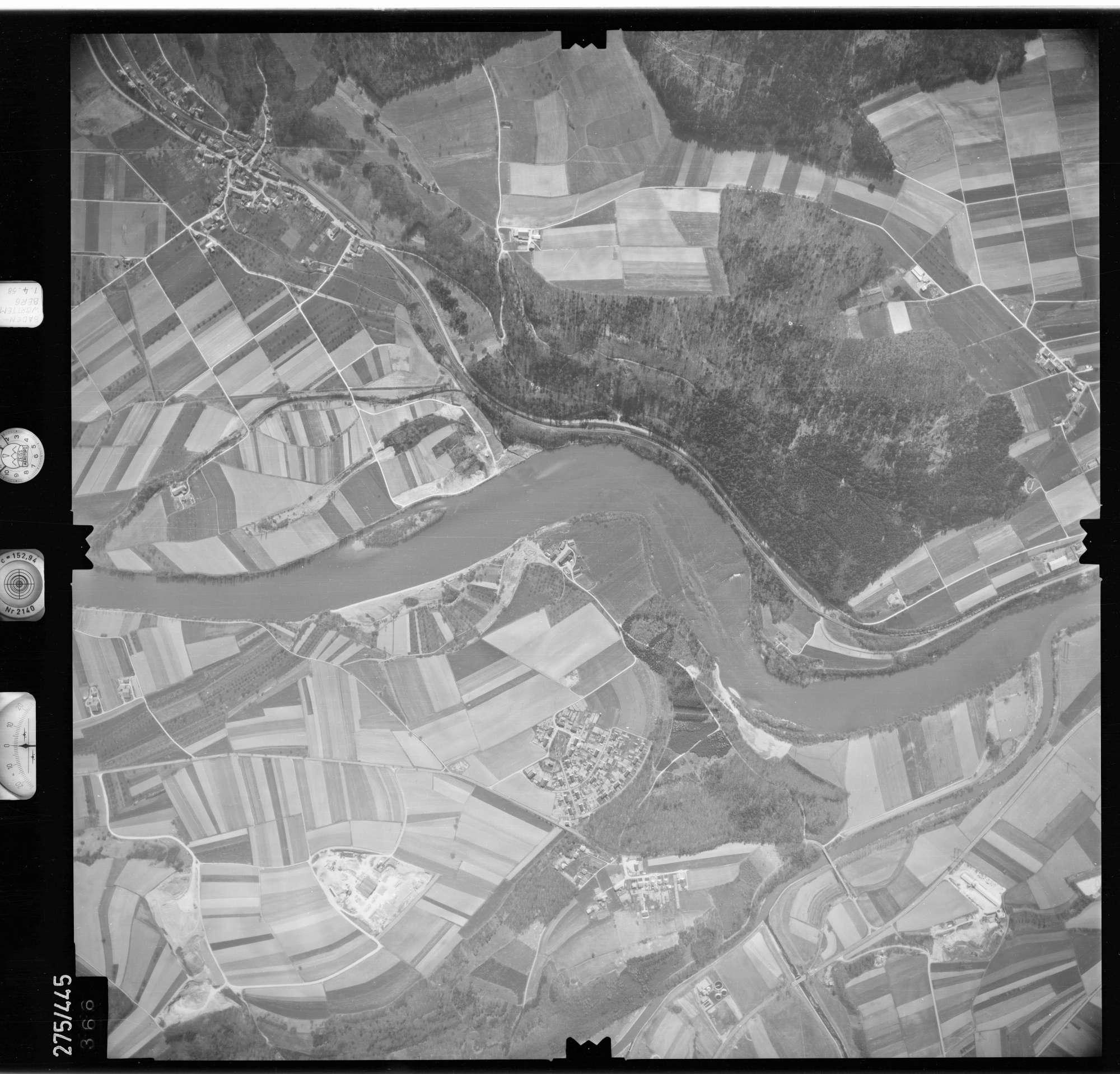 Luftbild: Film 81 Bildnr. 366, Bild 1