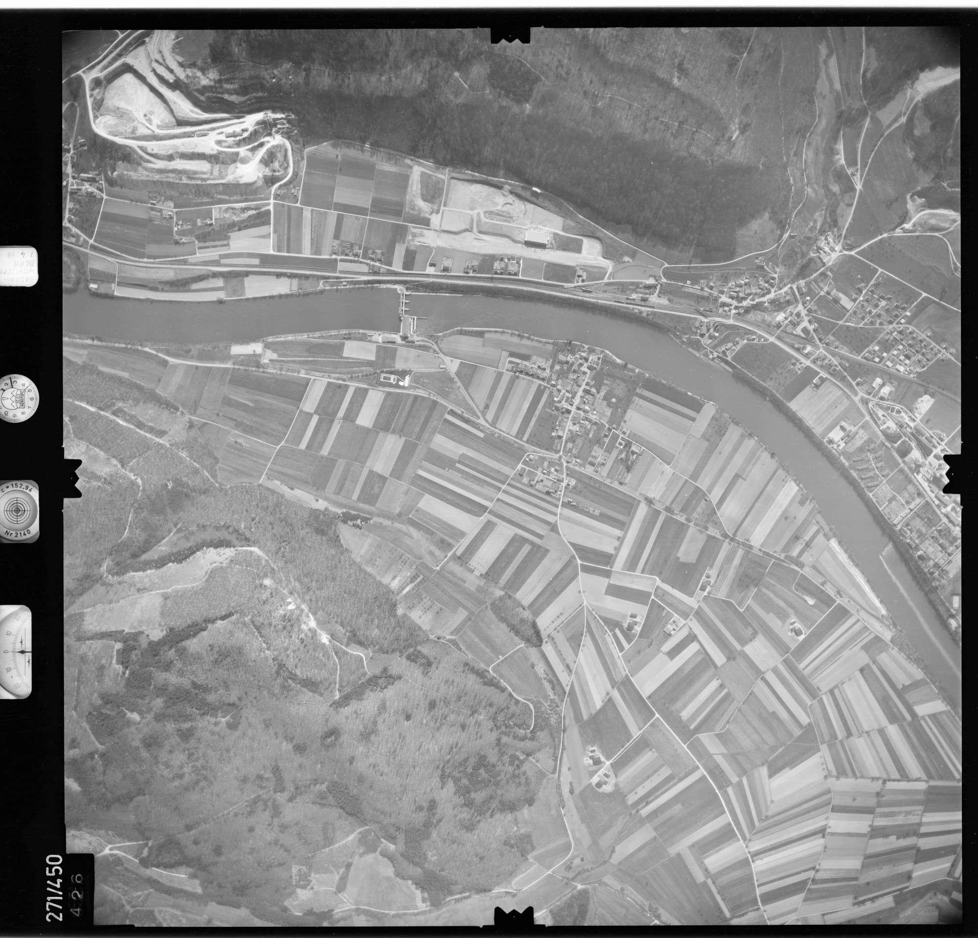 Luftbild: Film 81 Bildnr. 426, Bild 1