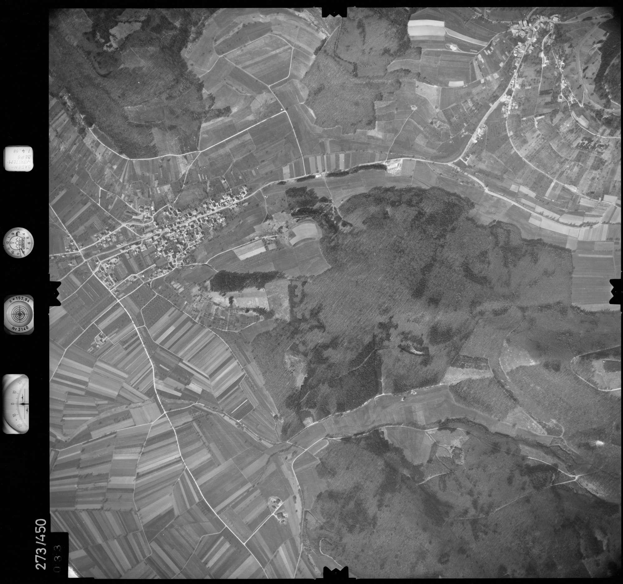 Luftbild: Film 83 Bildnr. 33, Bild 1