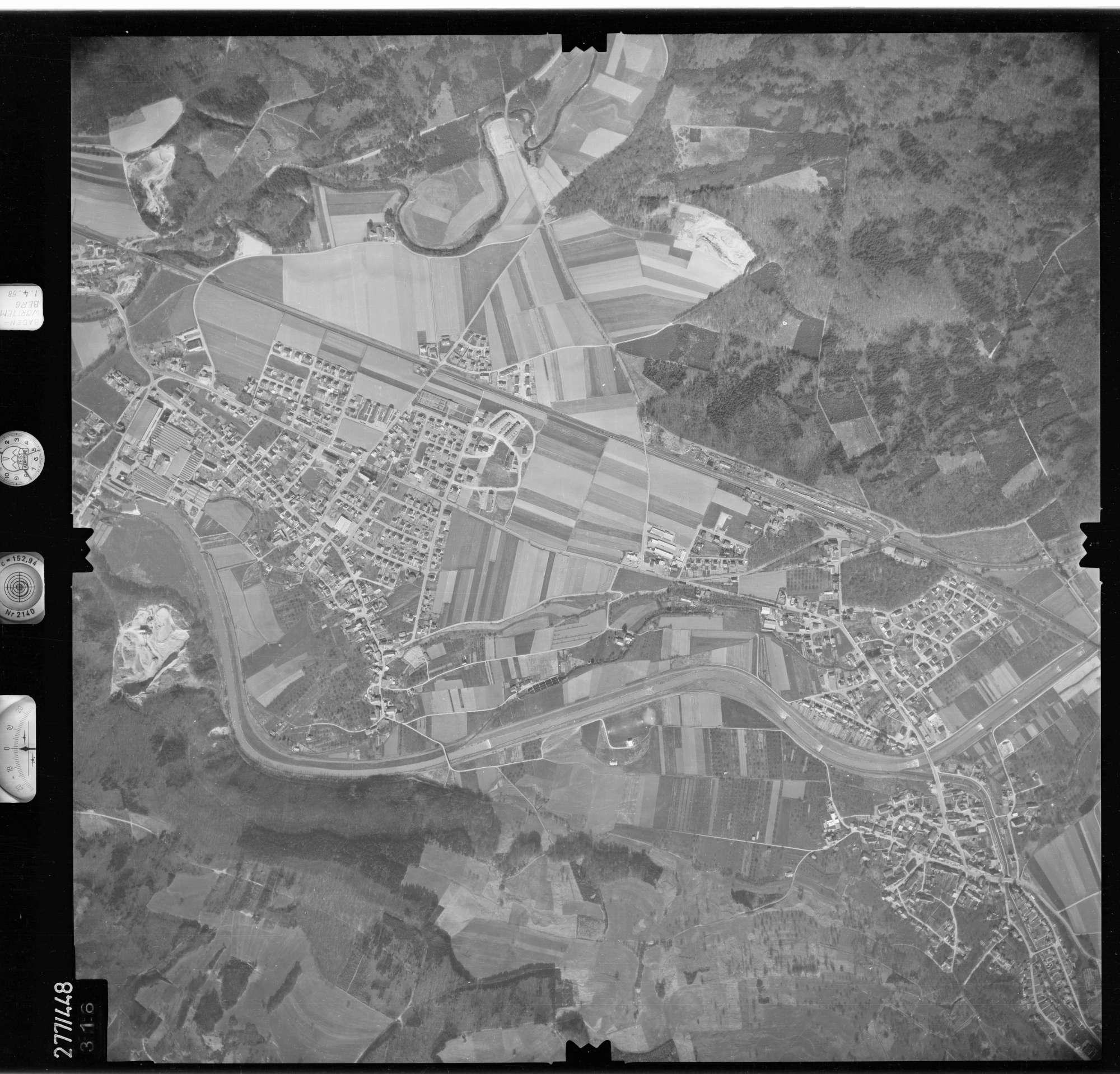Luftbild: Film 81 Bildnr. 316, Bild 1