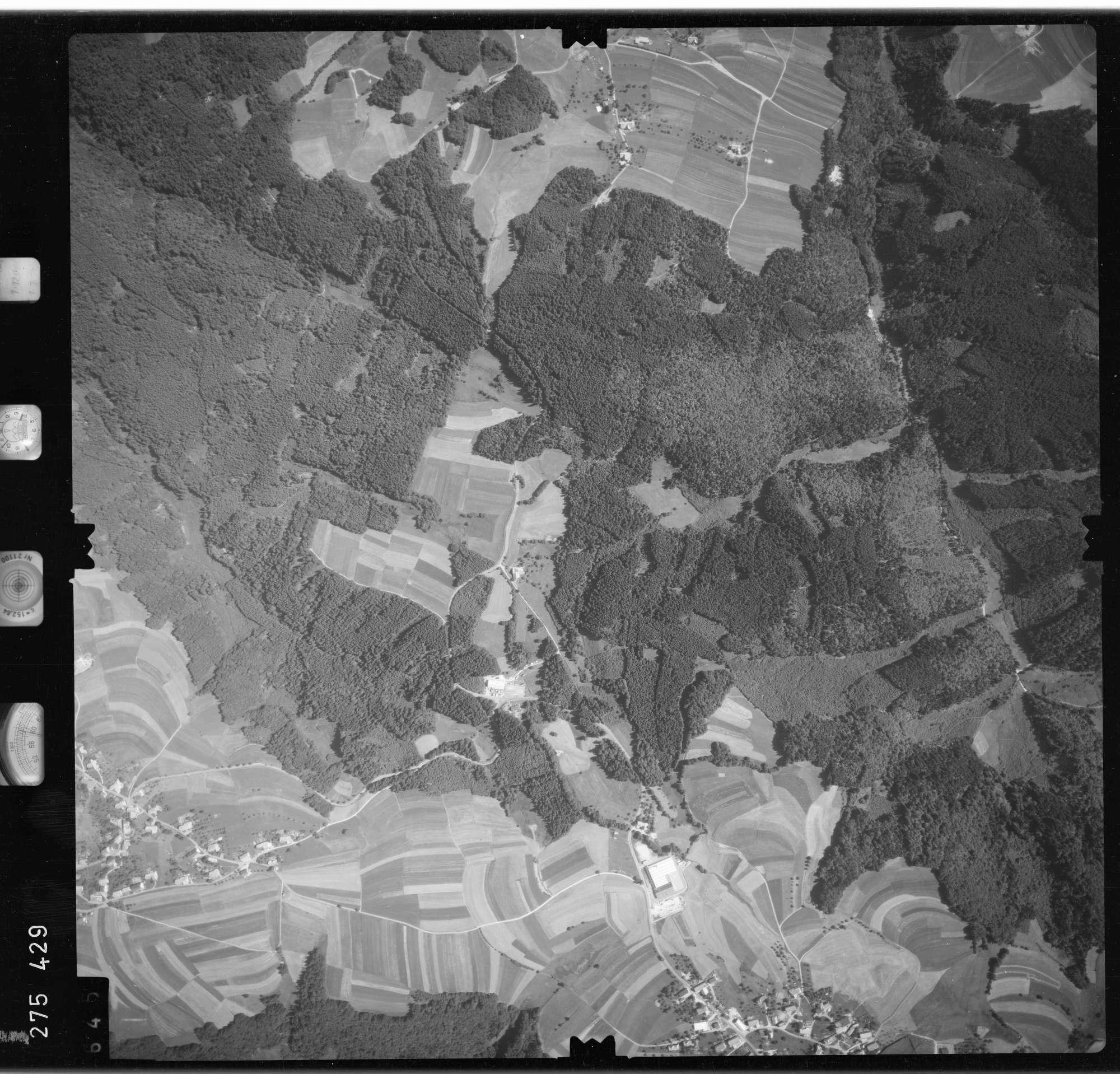 Luftbild: Film 77 Bildnr. 645, Bild 1