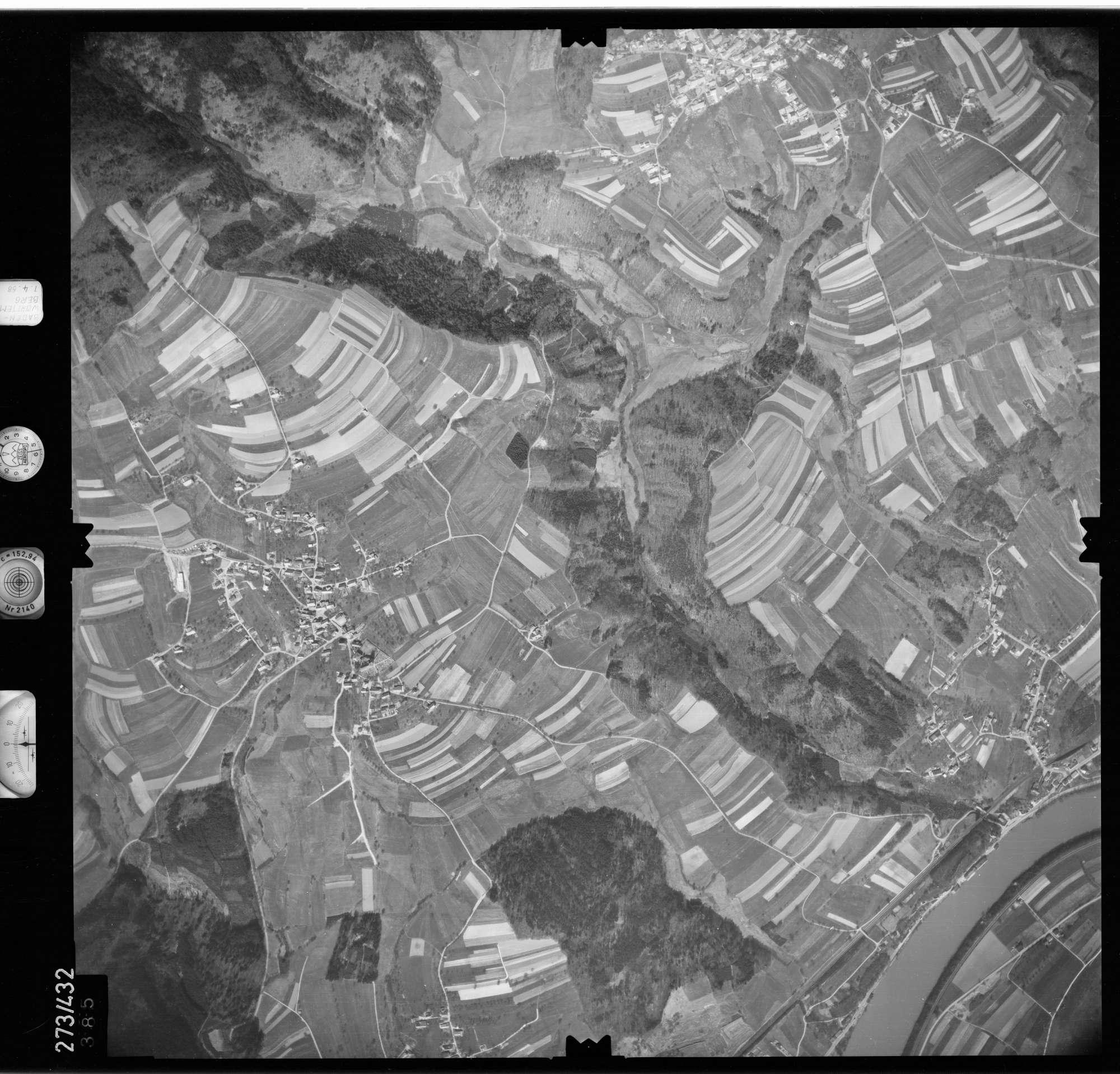 Luftbild: Film 81 Bildnr. 385, Bild 1
